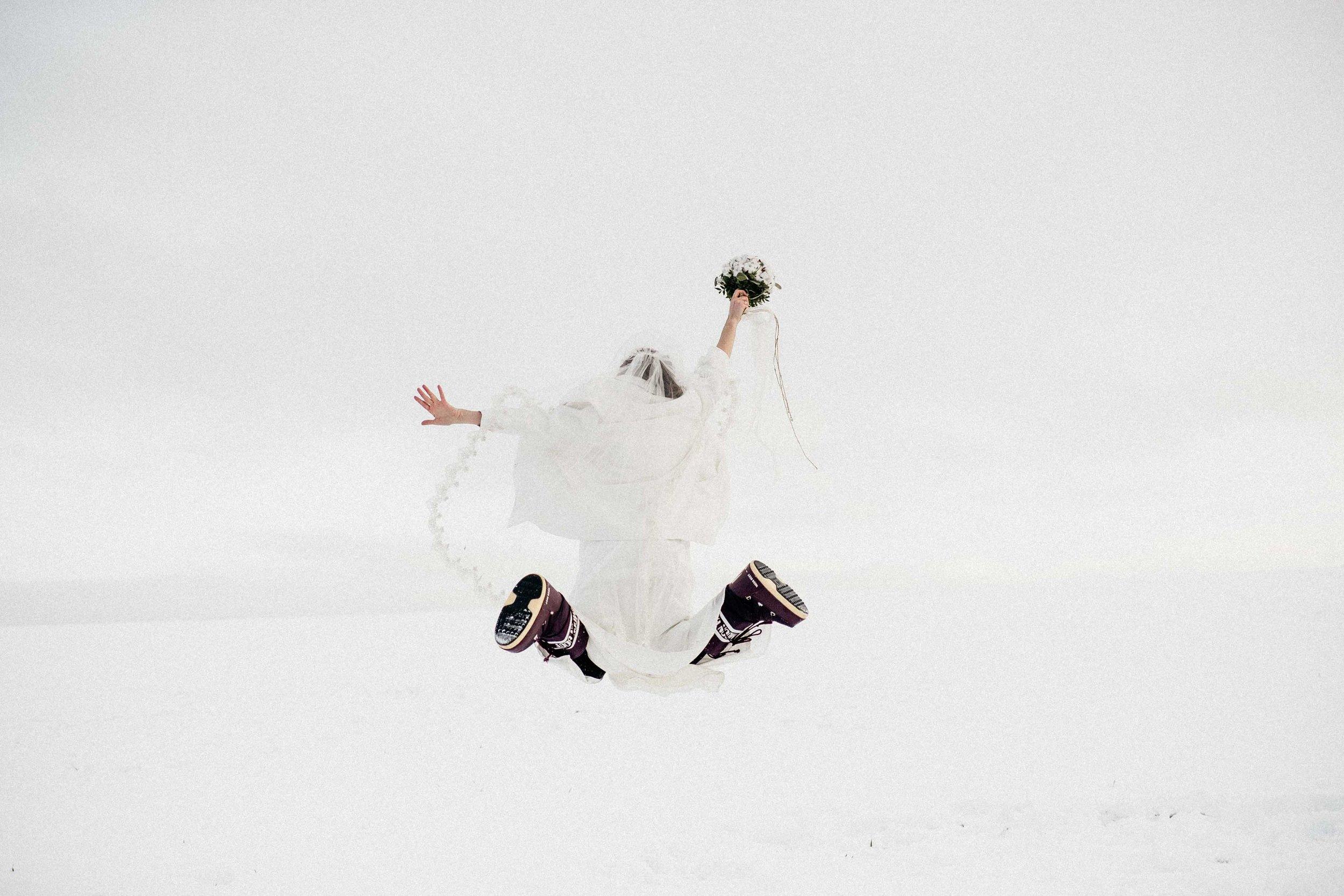 Snow Bride Winterhochzeit Schnne Braut-2930.jpg