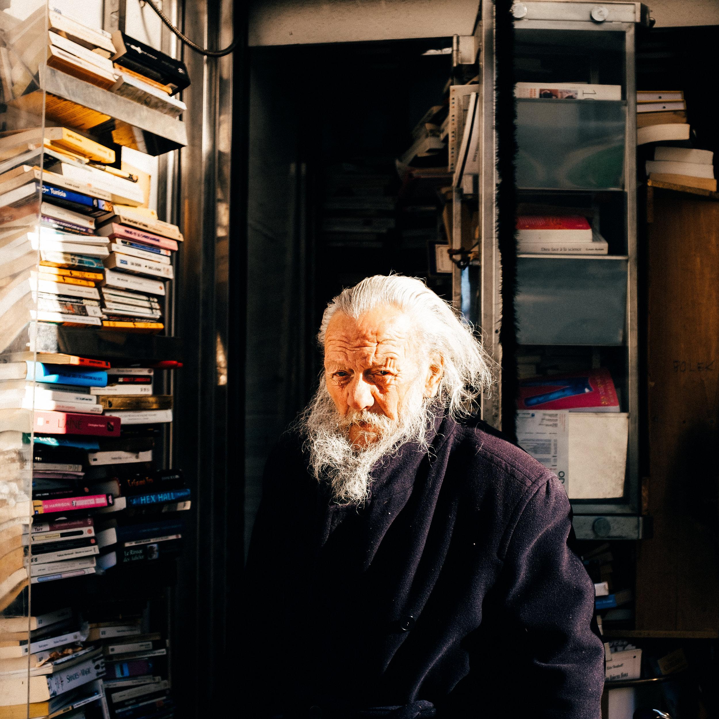 Bolek, one of the last street booksellers in Paris