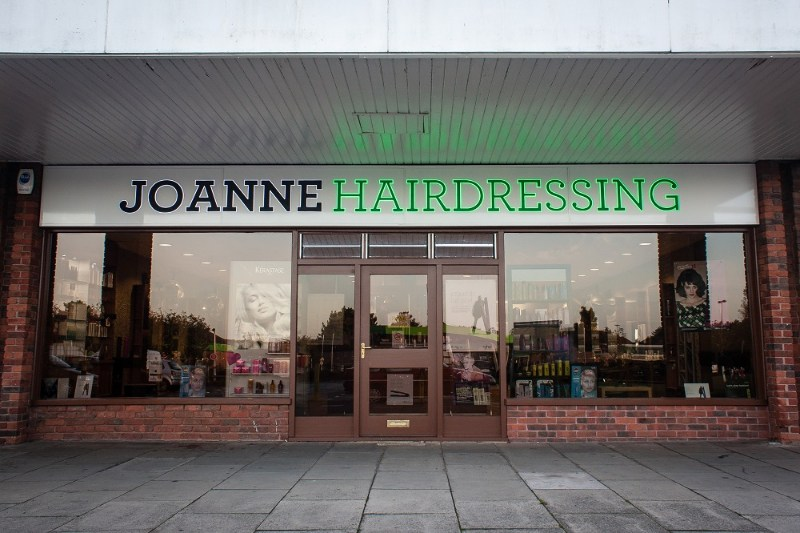 1310_joanne-canford-heath-salon_013.jpg