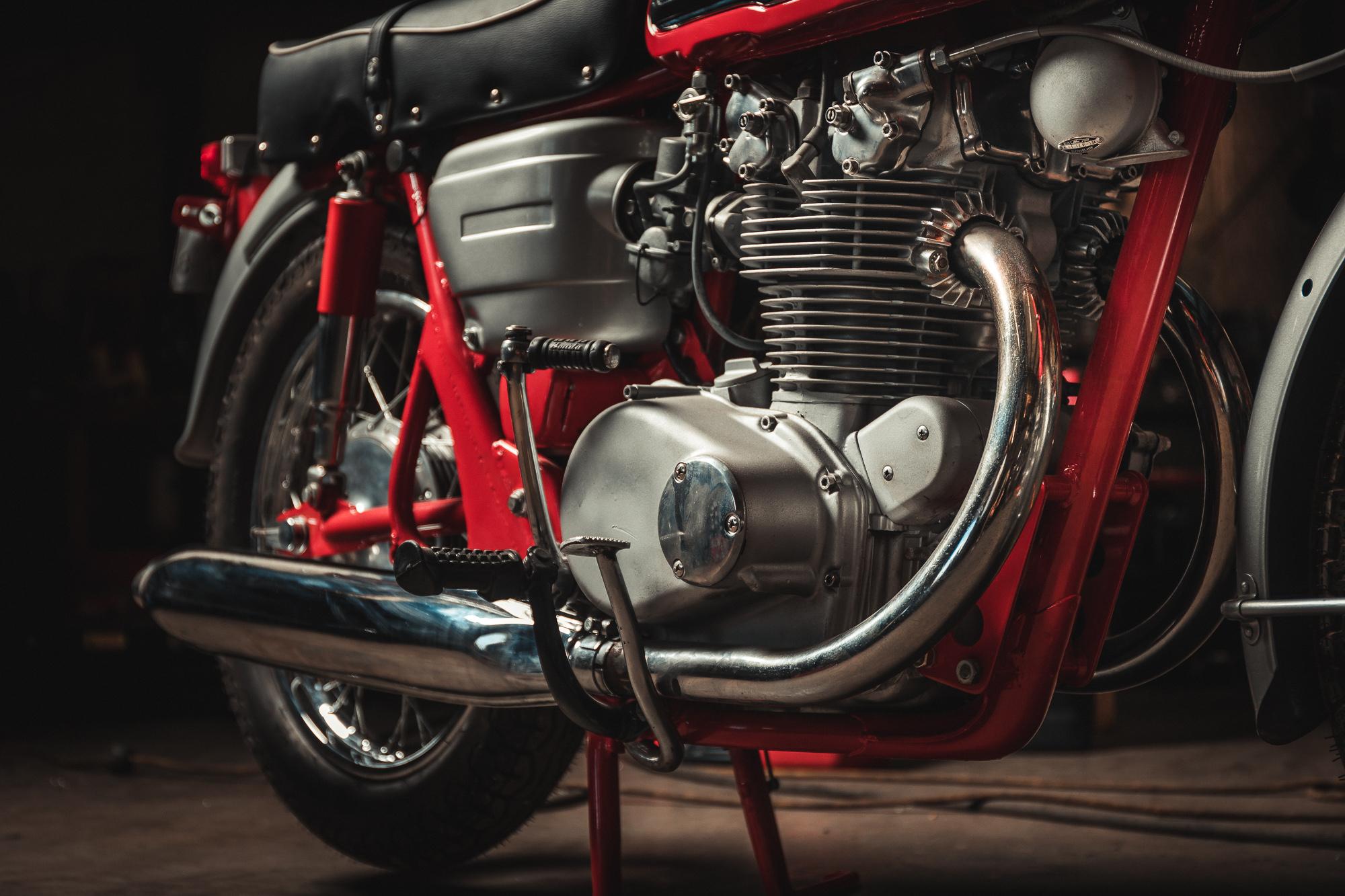 1966 Cb 450 Red Dragon