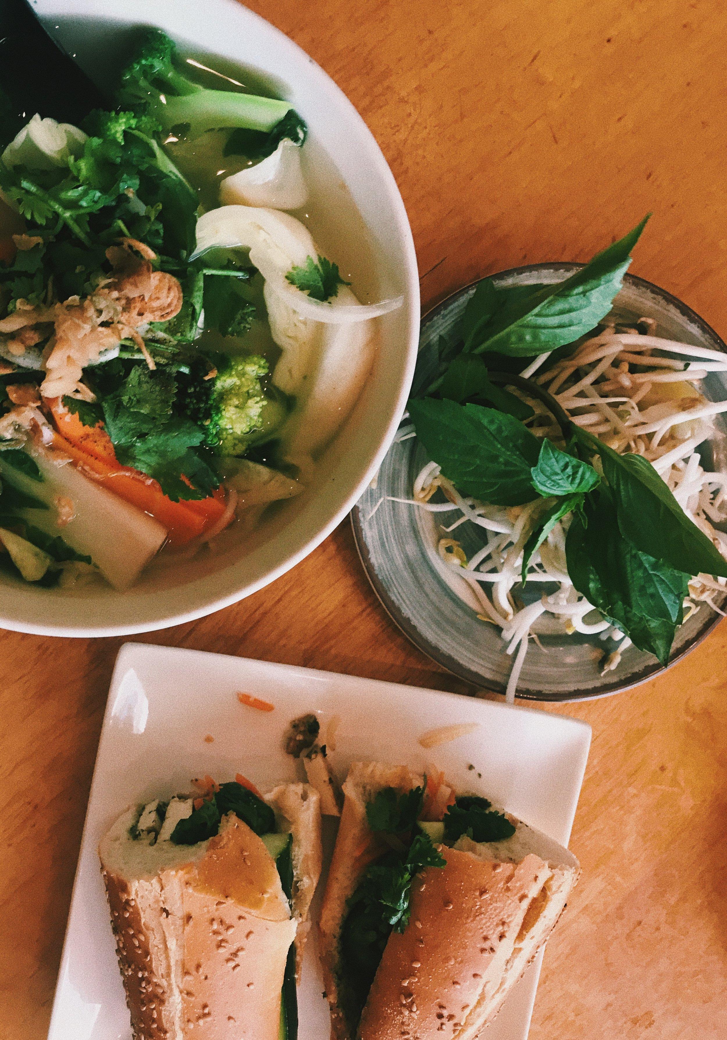 The Bronx Vegan Eats: Vegan Pho + Bahn Mi -