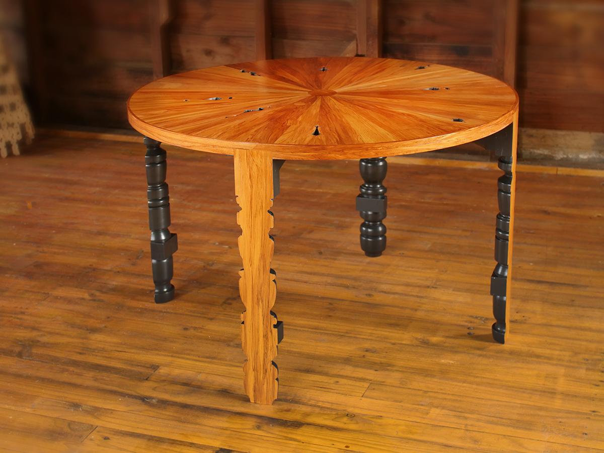 Rimu Table - 2.JPG