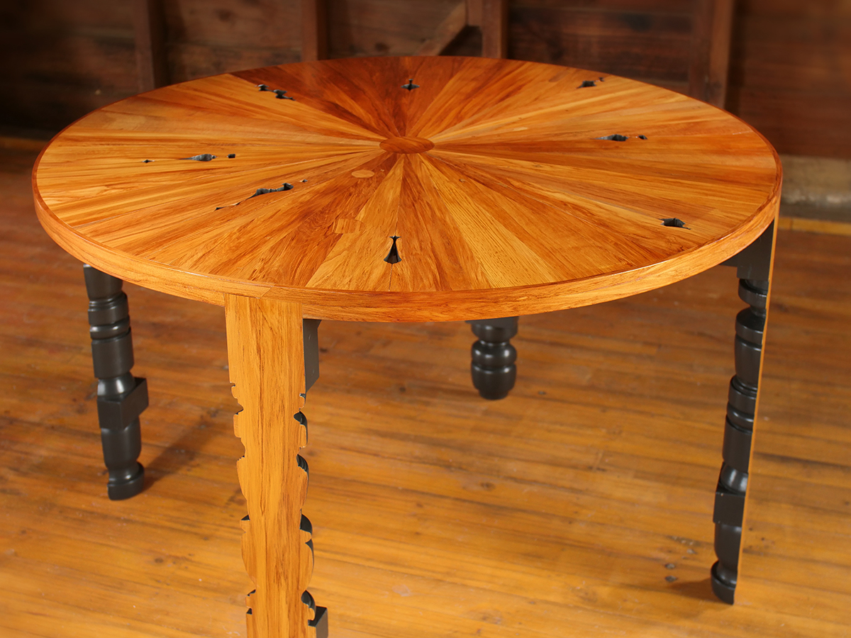 Rimu Table - 3.JPG