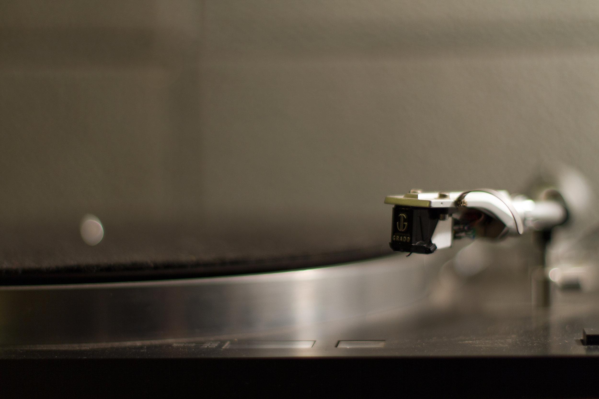 turntable-detail.jpg