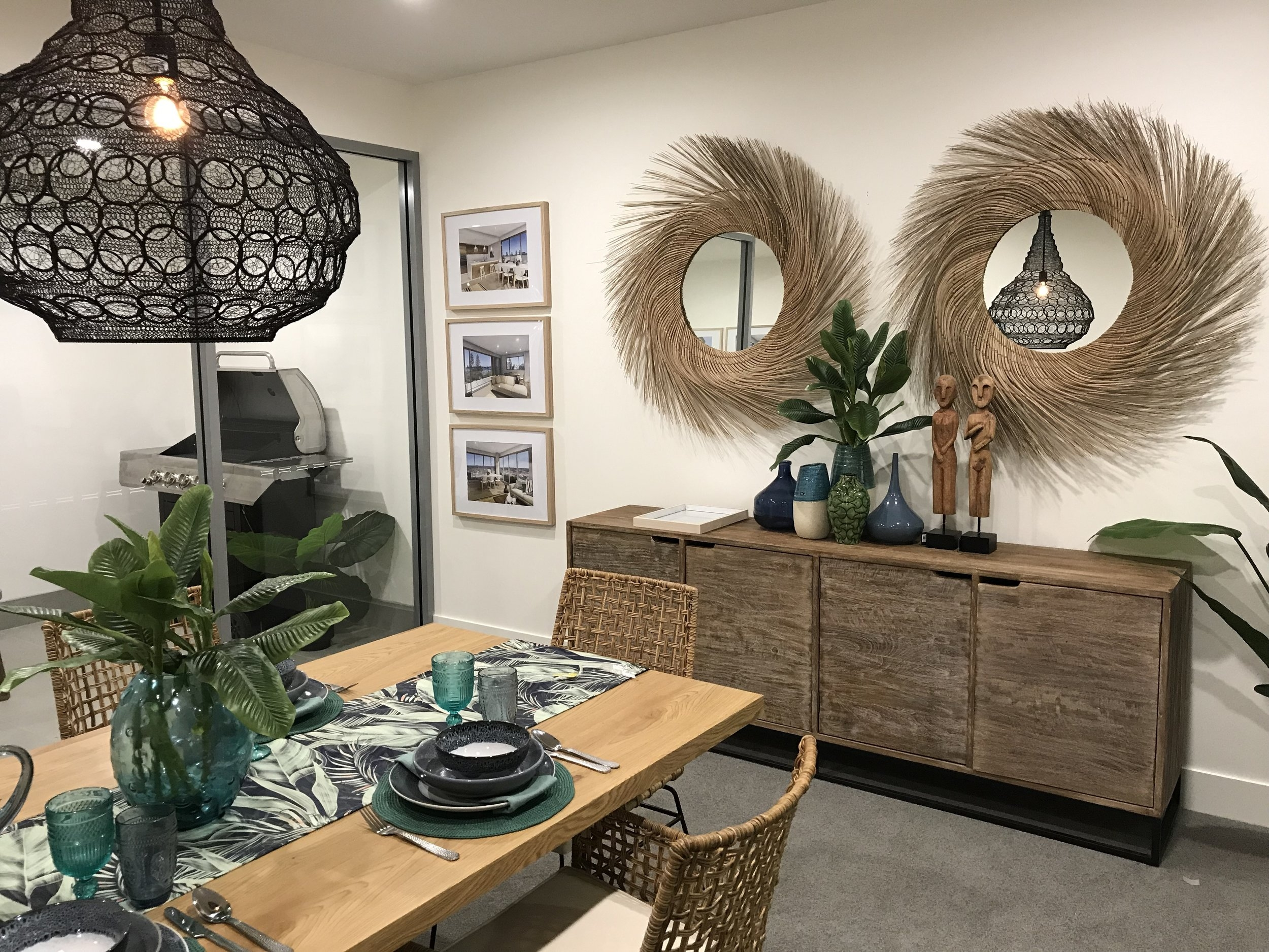 Rockpool Apartments - Dining