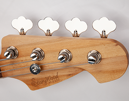 StoryWood-Jazz-Bass-Headstock-Hipshot-Reclaimed-Wood.png