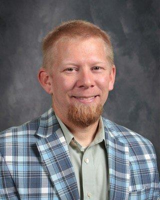 "Shawn Davis - Missional PastorPastor Shawn Believes that the best way to lead others to Christ is by meeting people where they are. The Bridge Ministry is a way to ""bridge"" for new believers, contemporary christians, or young adults."