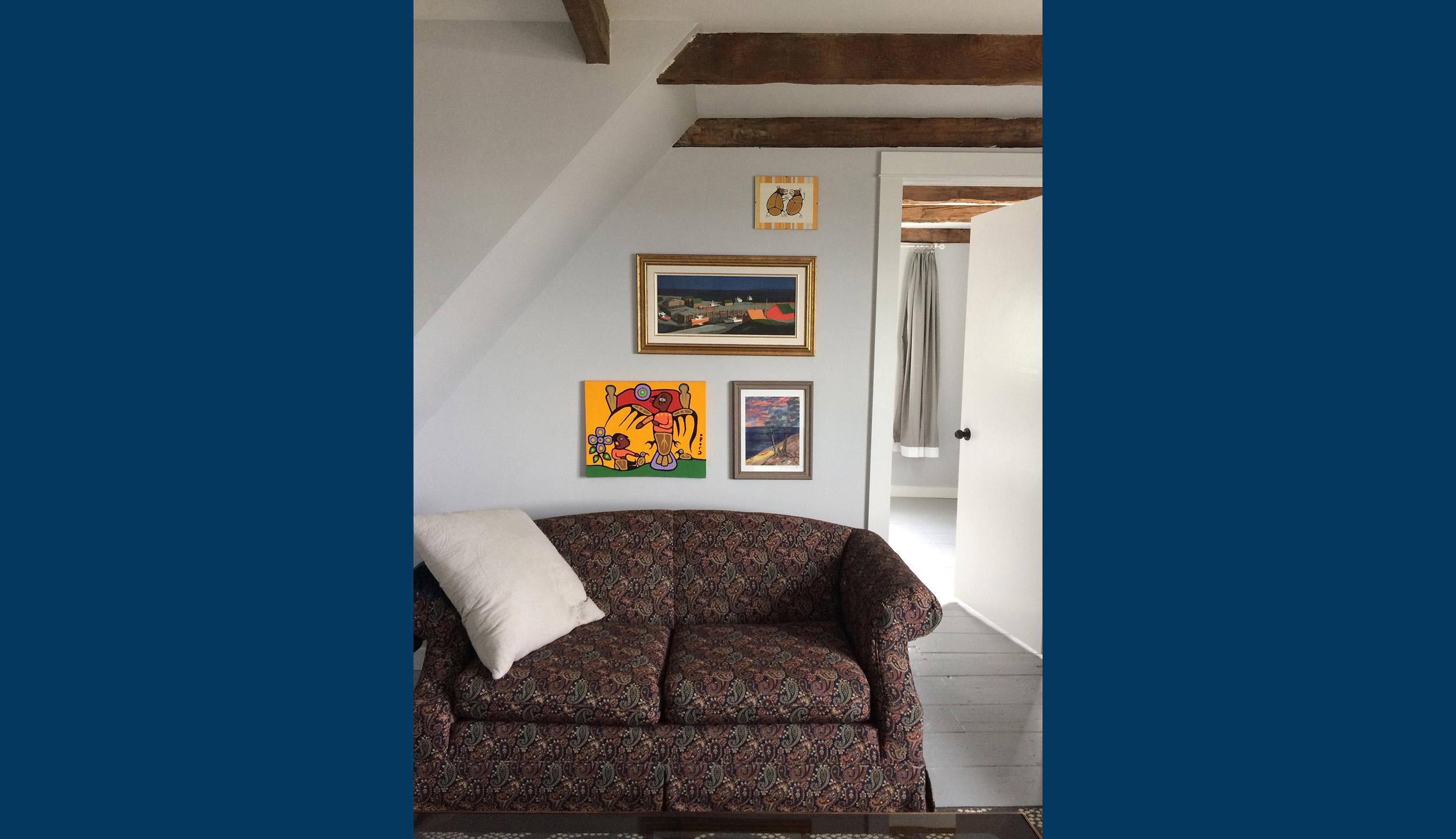 Livign Room 2.jpg