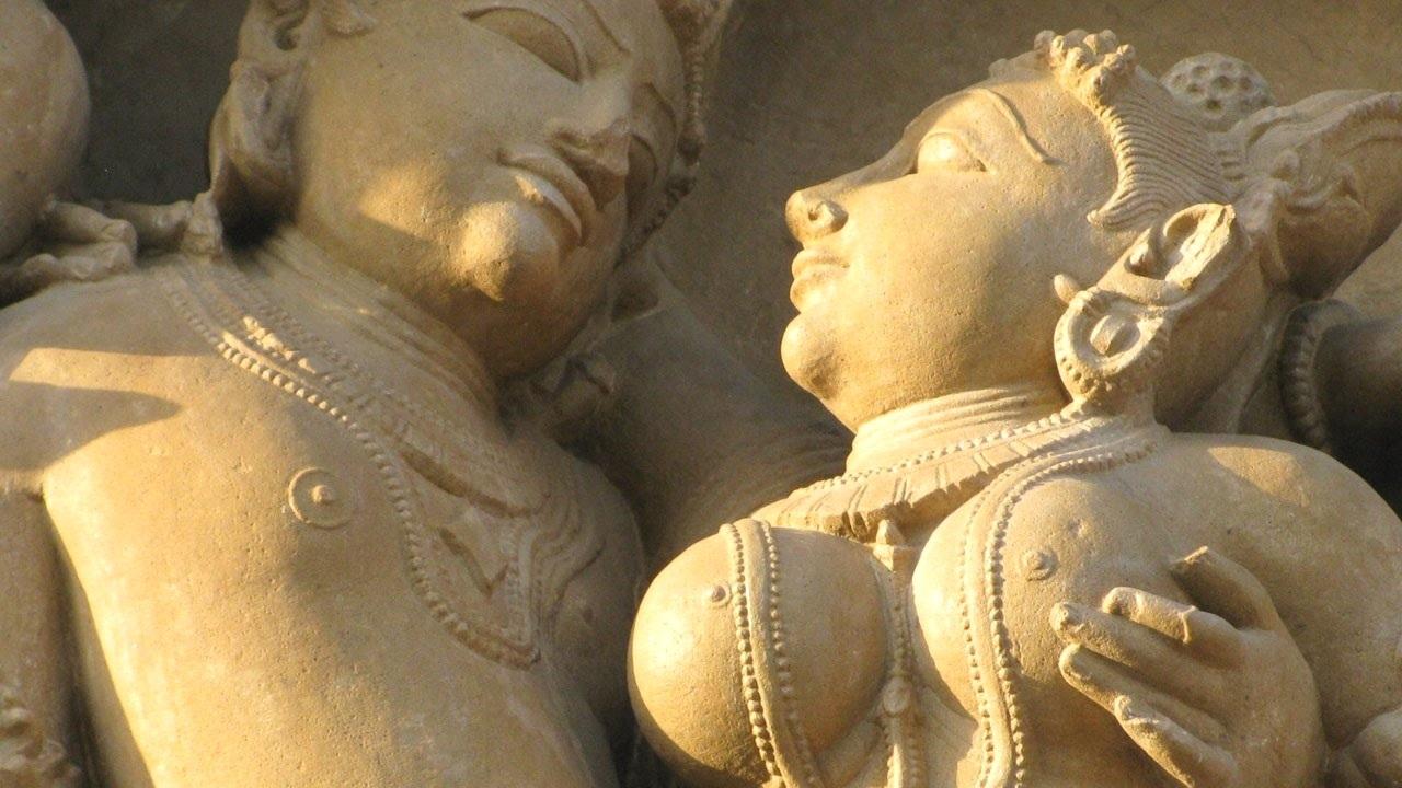 Khujraho-Temple.jpg