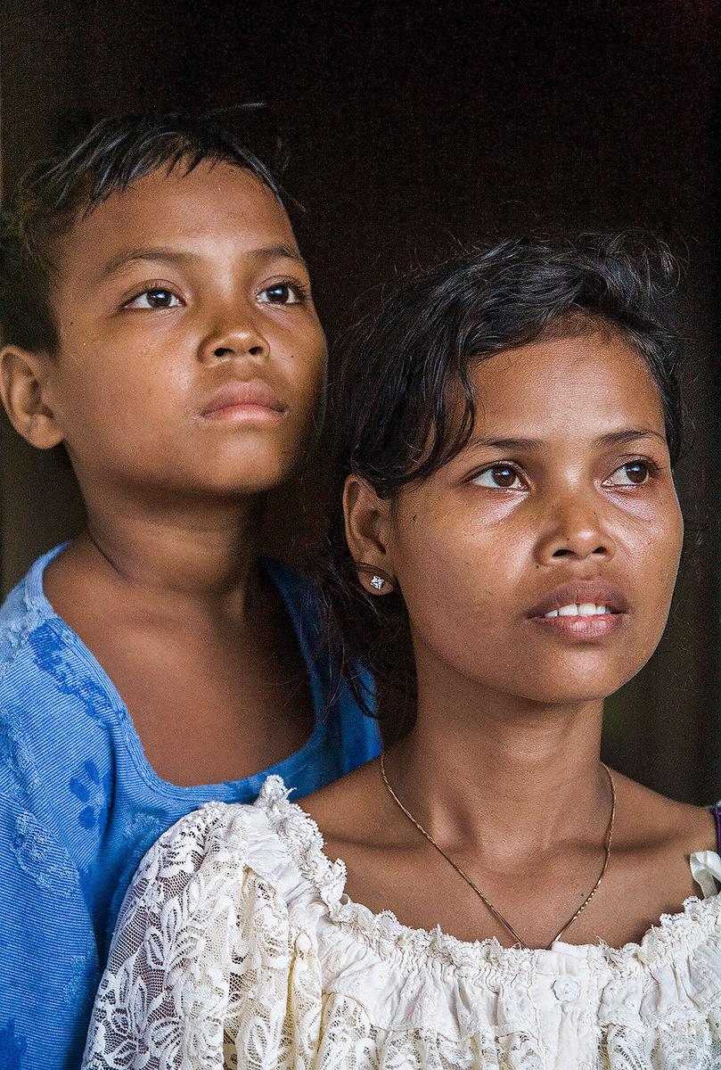 Lon and Pao'v Kandal Cambodia