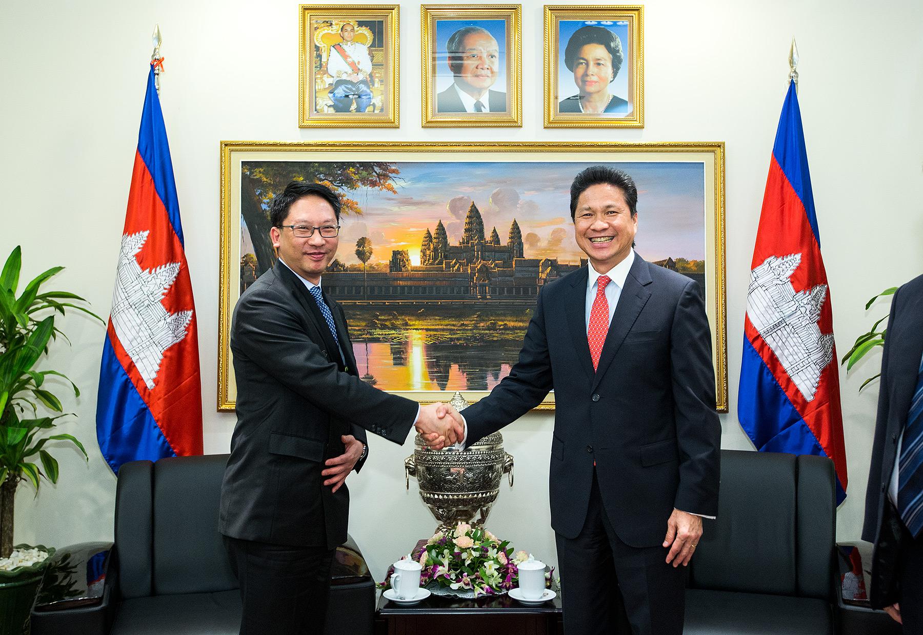 Sun Chanthol, Cambodia Minister of Commerce, Finance Mininister Hong Kong, Phnom Penh