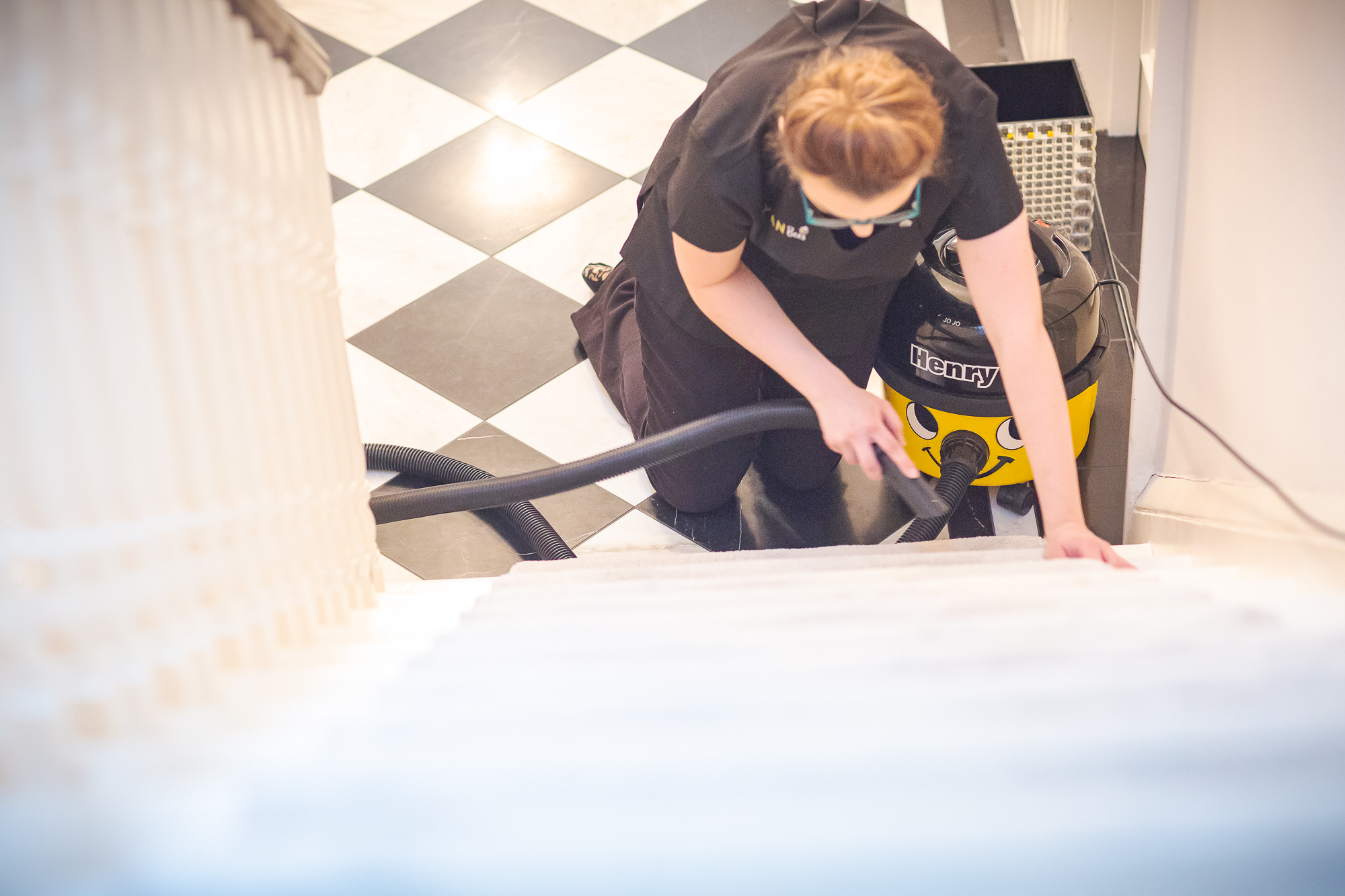 CB - Cleaning - Stairs 007.jpg