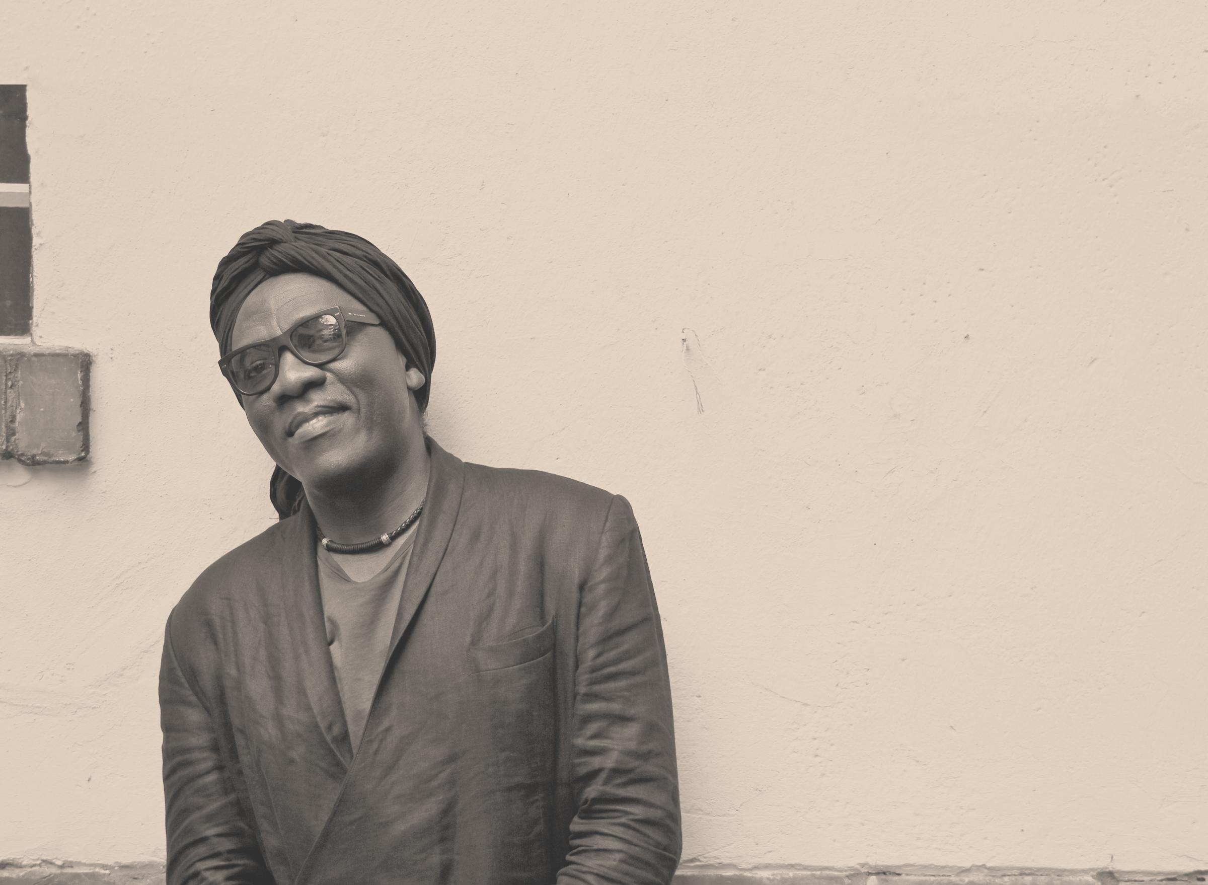 Richard Bona - Hailing from Cameroon, the Grammy-Award winning jazz bassist & vocalist Richard Bona played in Singapore.