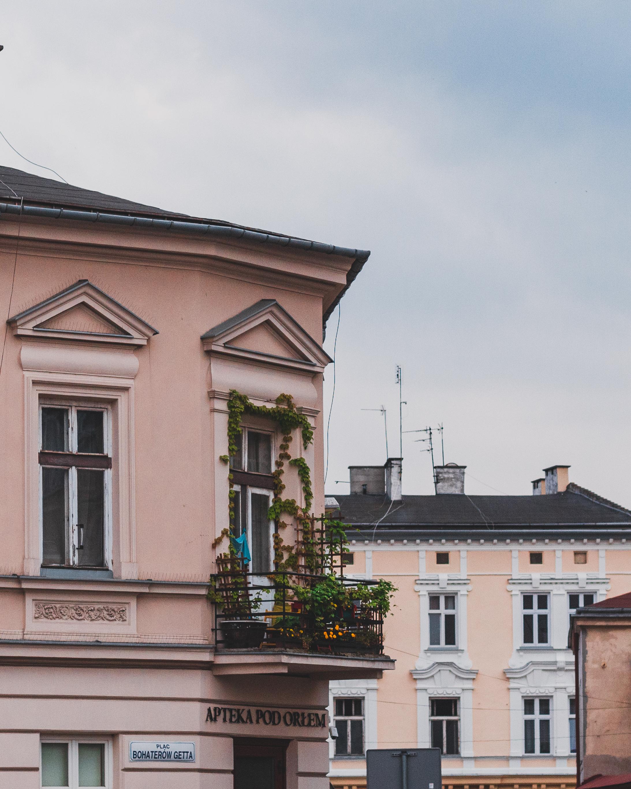 Polen+Kraków+to do+Ghetto Heroes Square+Jewish Quarters