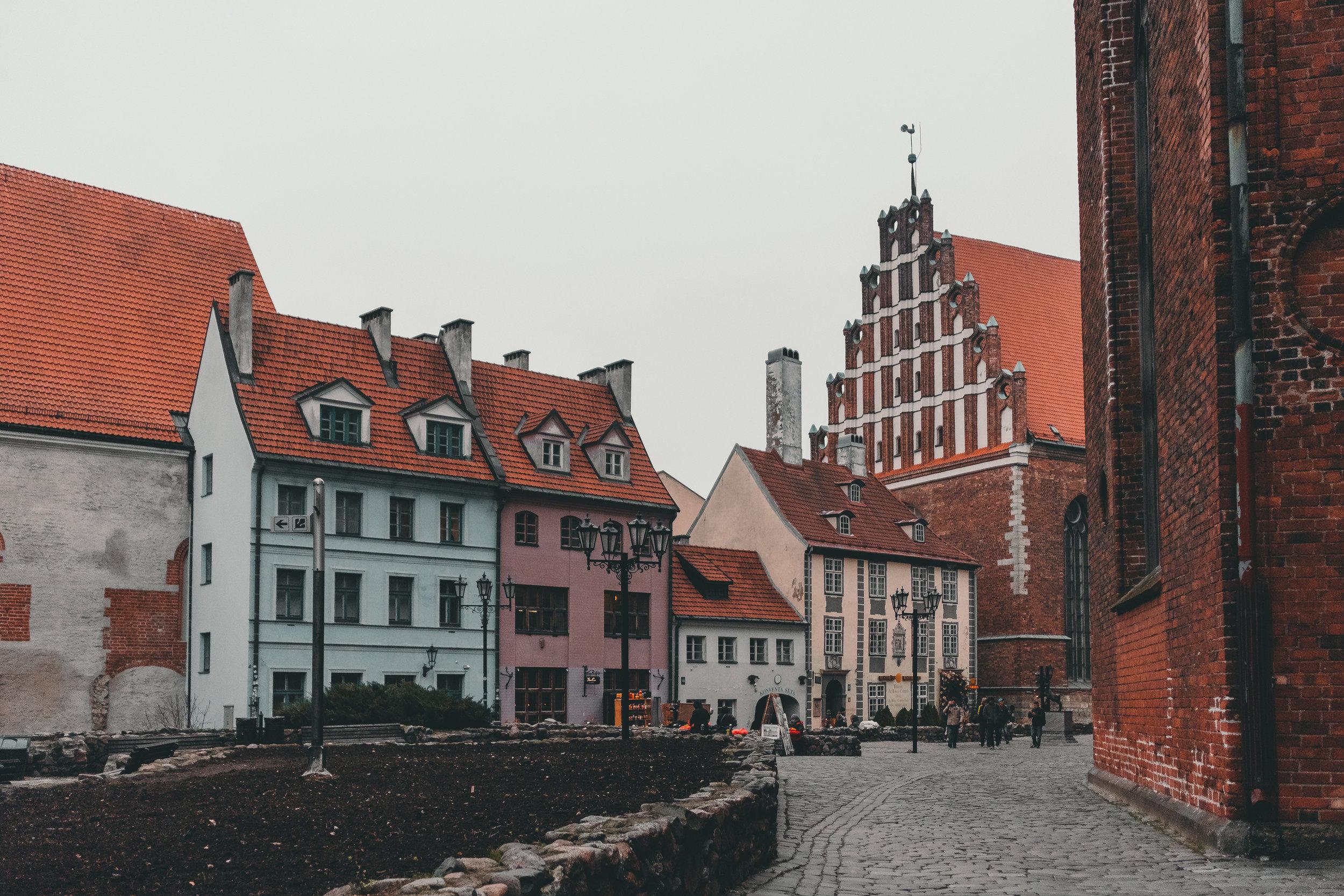 riga+old town+latvia+lettland