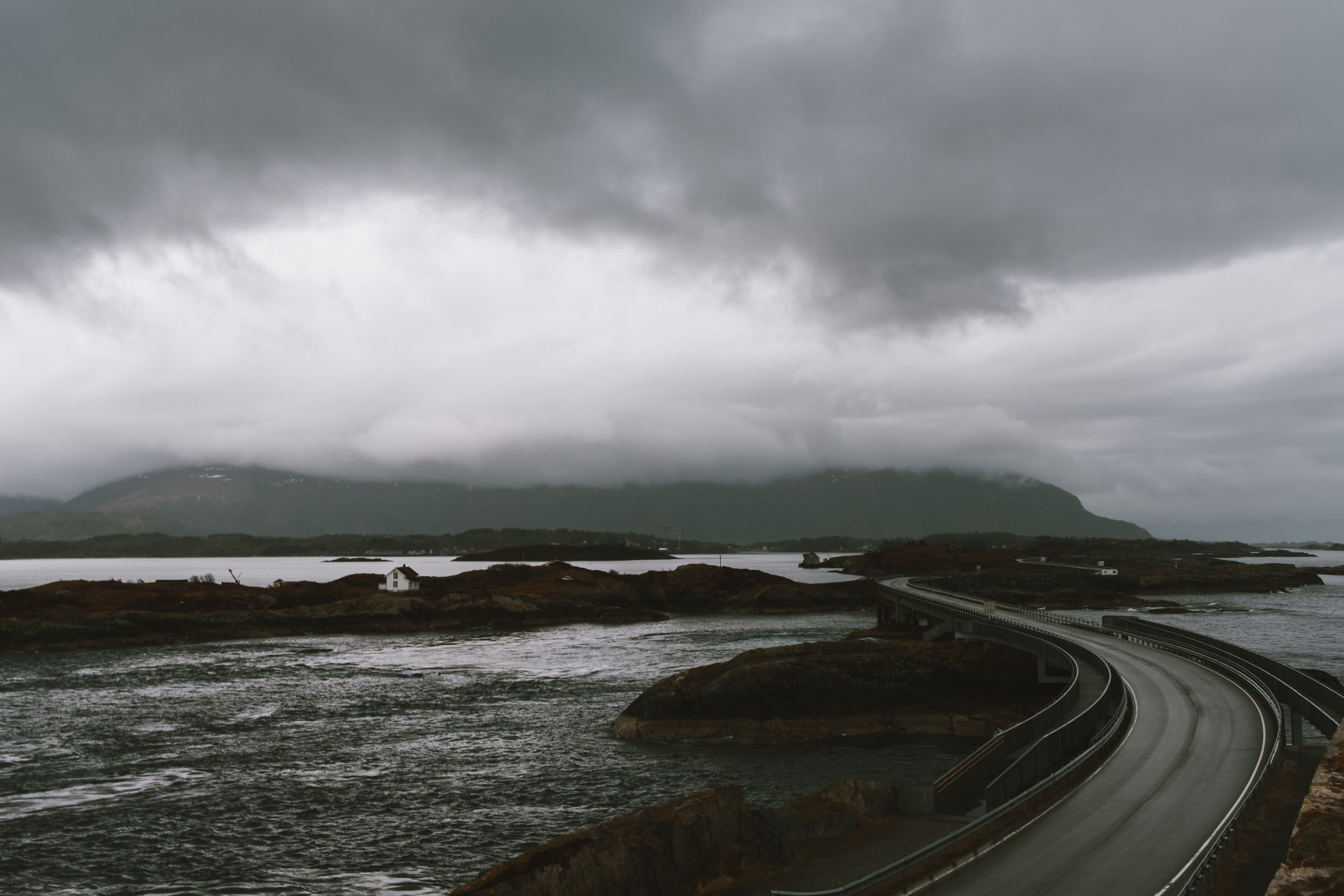 norge+road trip+atlantic ocean road
