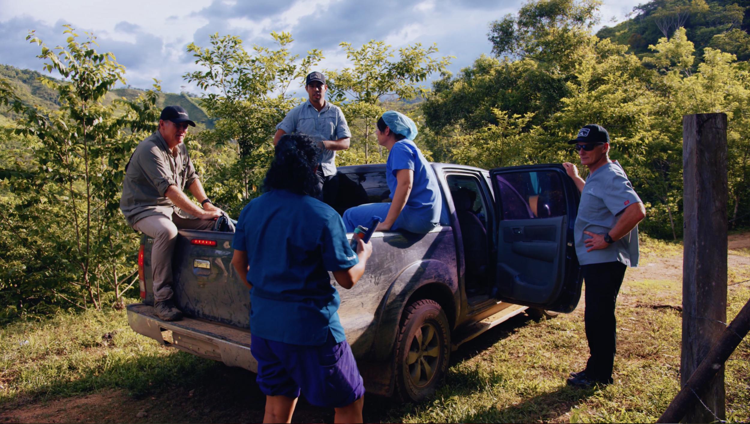 Jungle Service Team in Truck