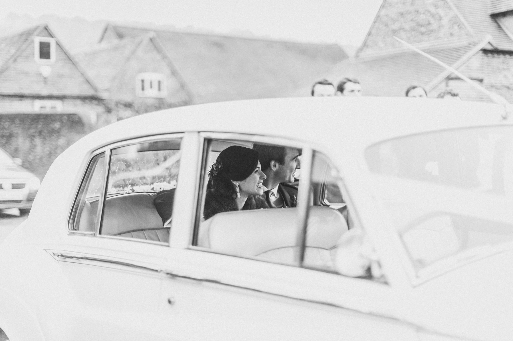 hambleden_henley_on_thames_wedding_044.jpg