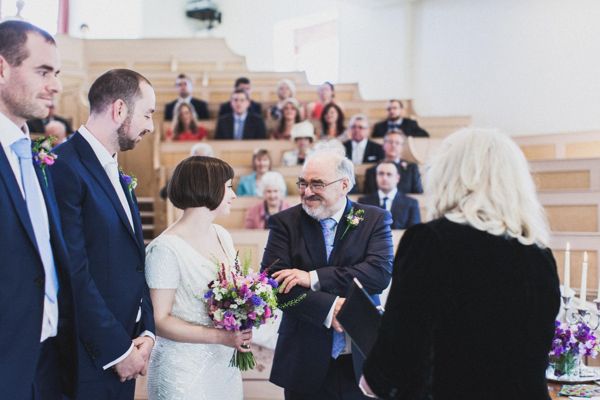 wedding_robin_hoods_bay_whitby_027.jpg