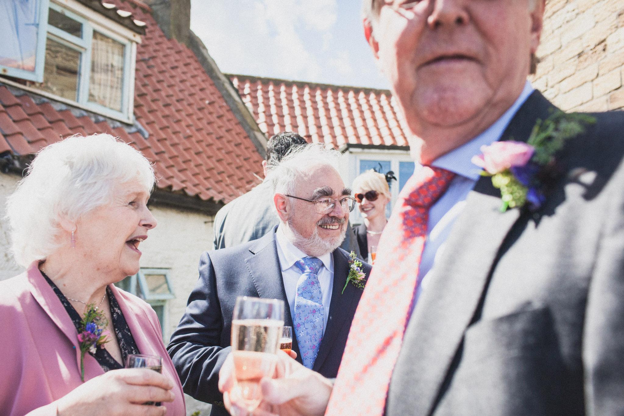 wedding_robin_hoods_bay_whitby_035.jpg