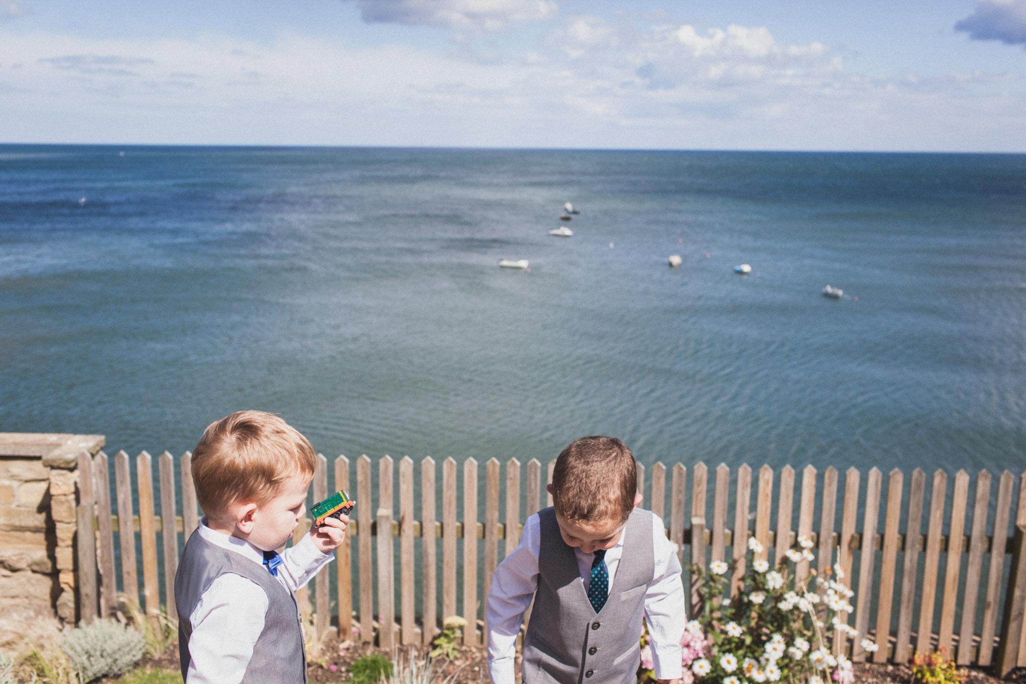 wedding_robin_hoods_bay_whitby_036.jpg