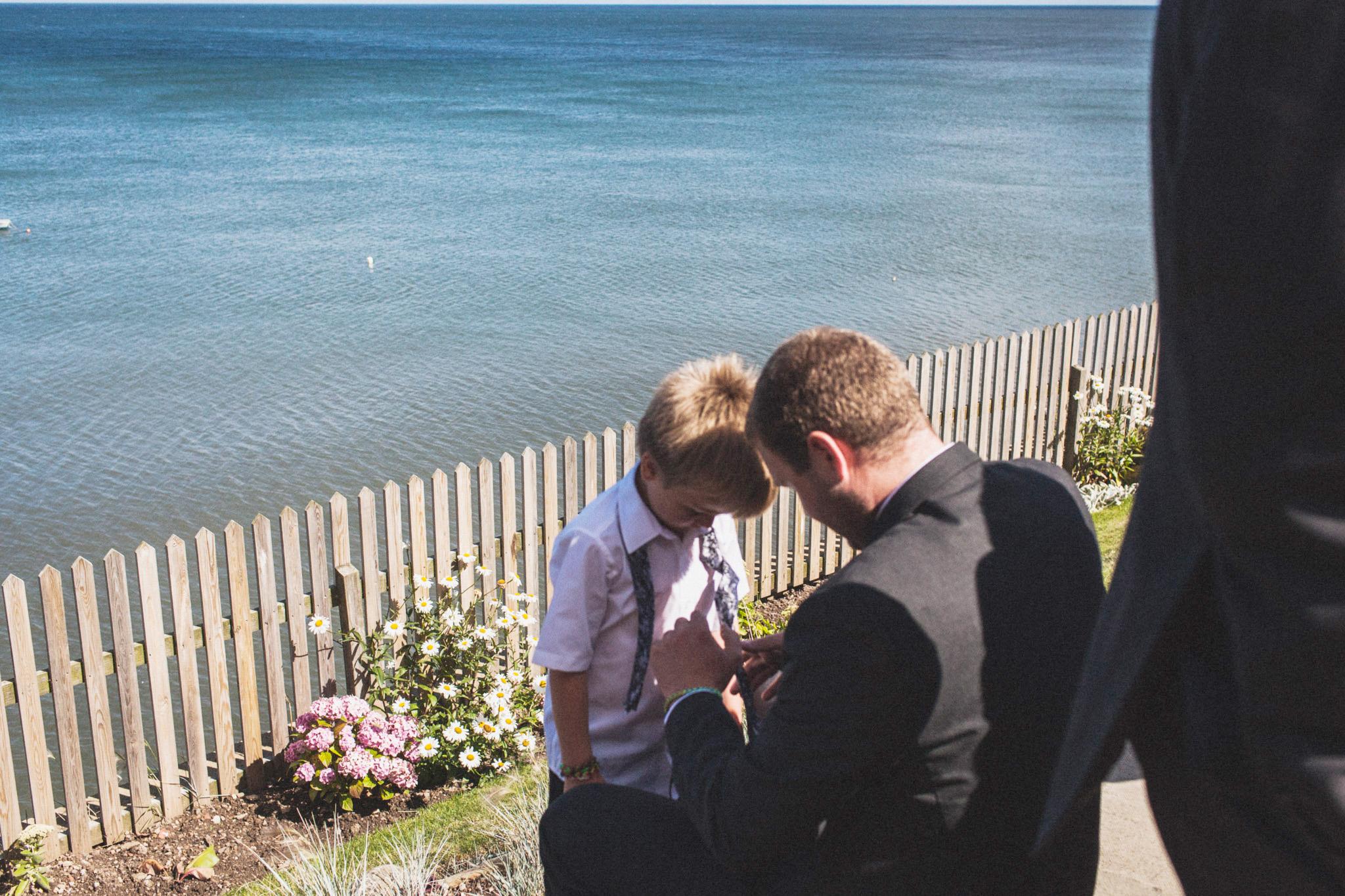 wedding_robin_hoods_bay_whitby_050.jpg