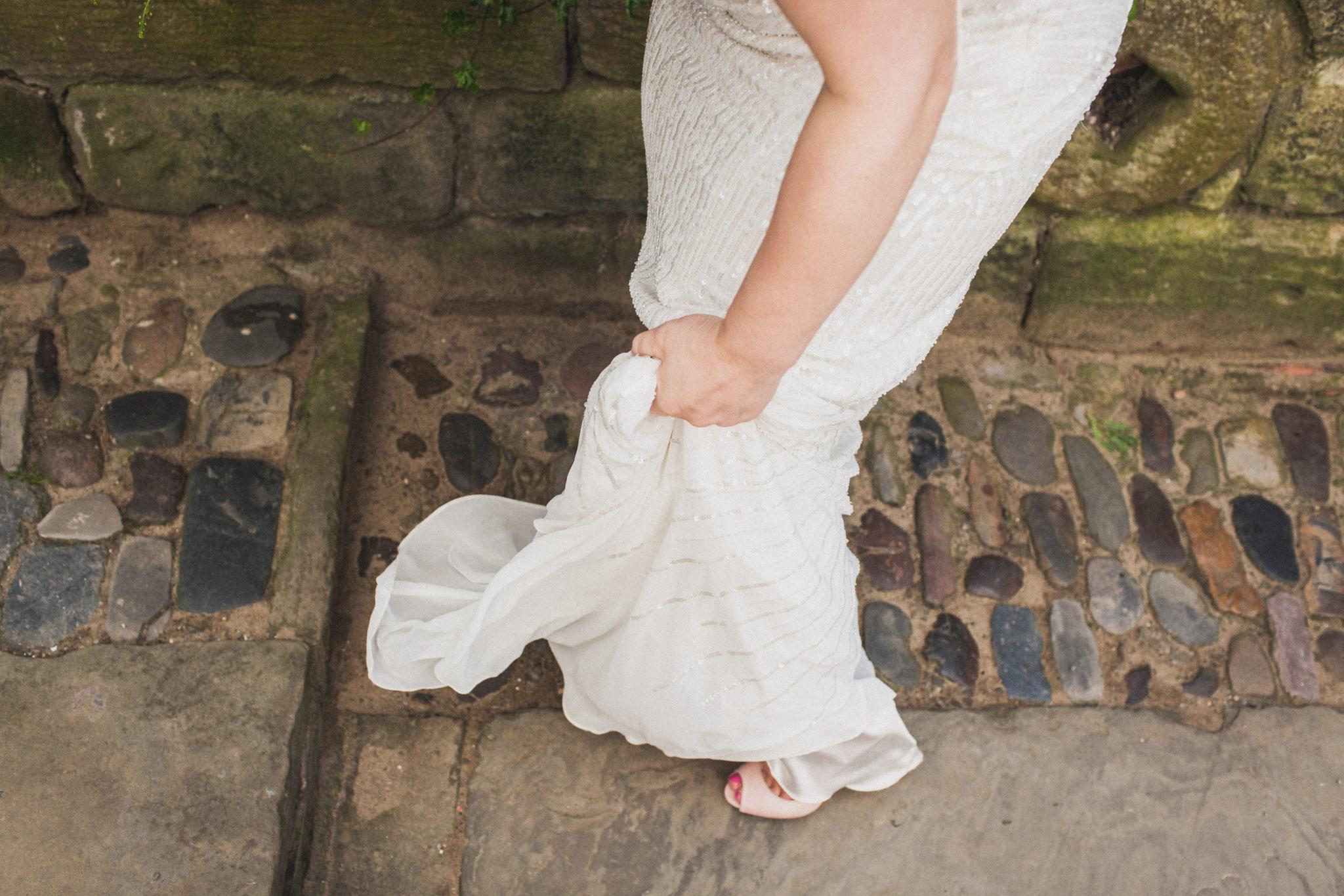 wedding_robin_hoods_bay_whitby_064.jpg