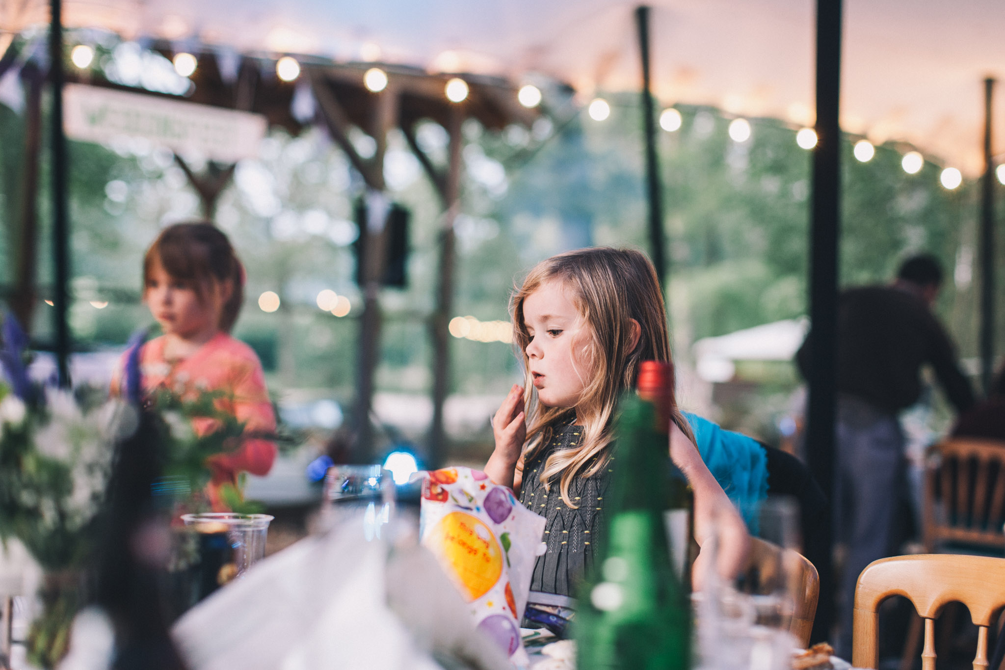 Beautiful woodland DIY wedding as Wasing Park, Reading. Photography by Emma Lucy