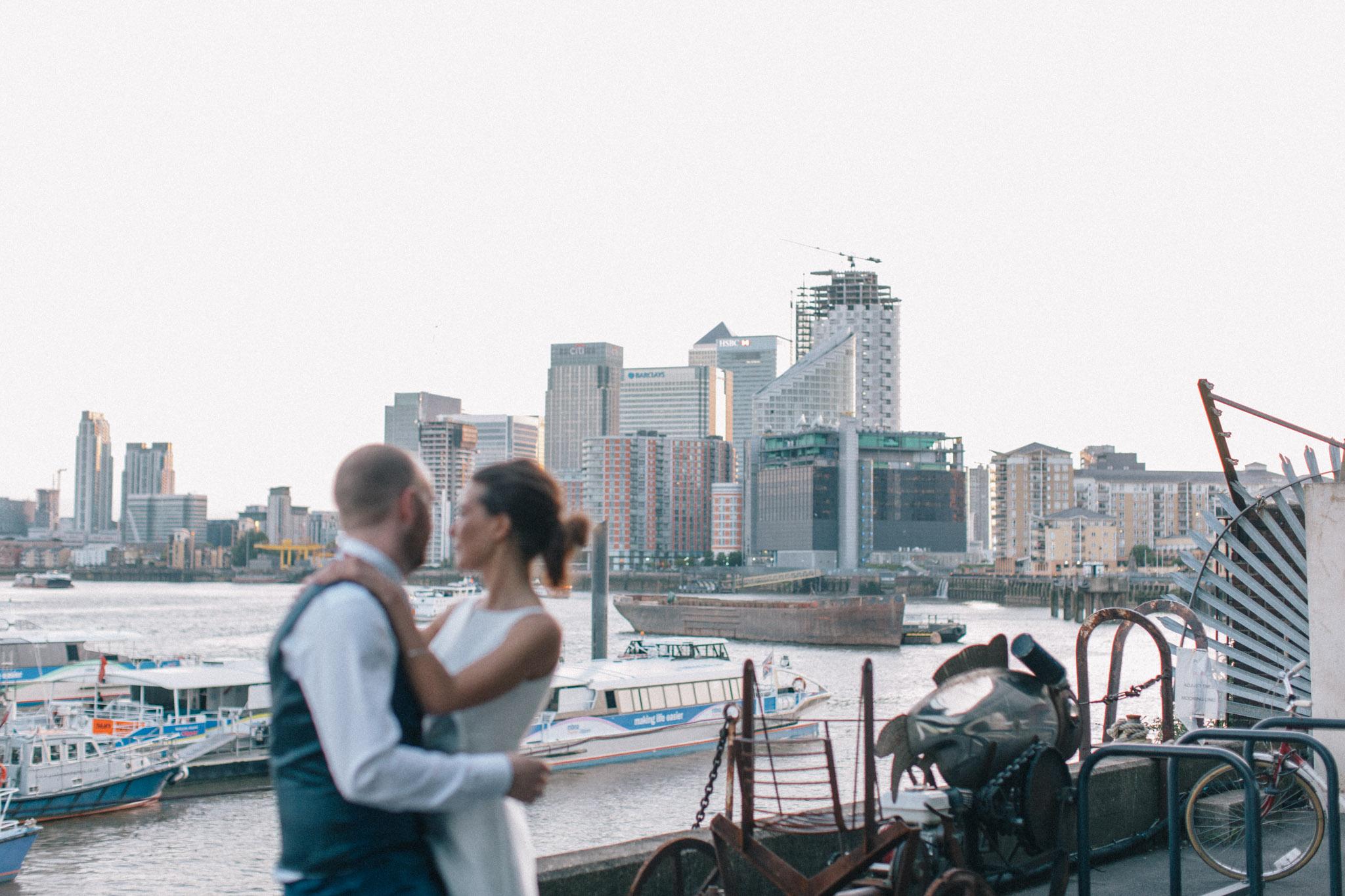 trinity_buoy_wharf_hackney_town_hall_wedding_427.jpg