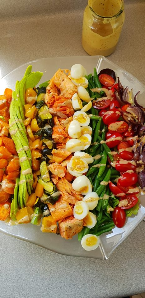 Salmon Salad with Tahini
