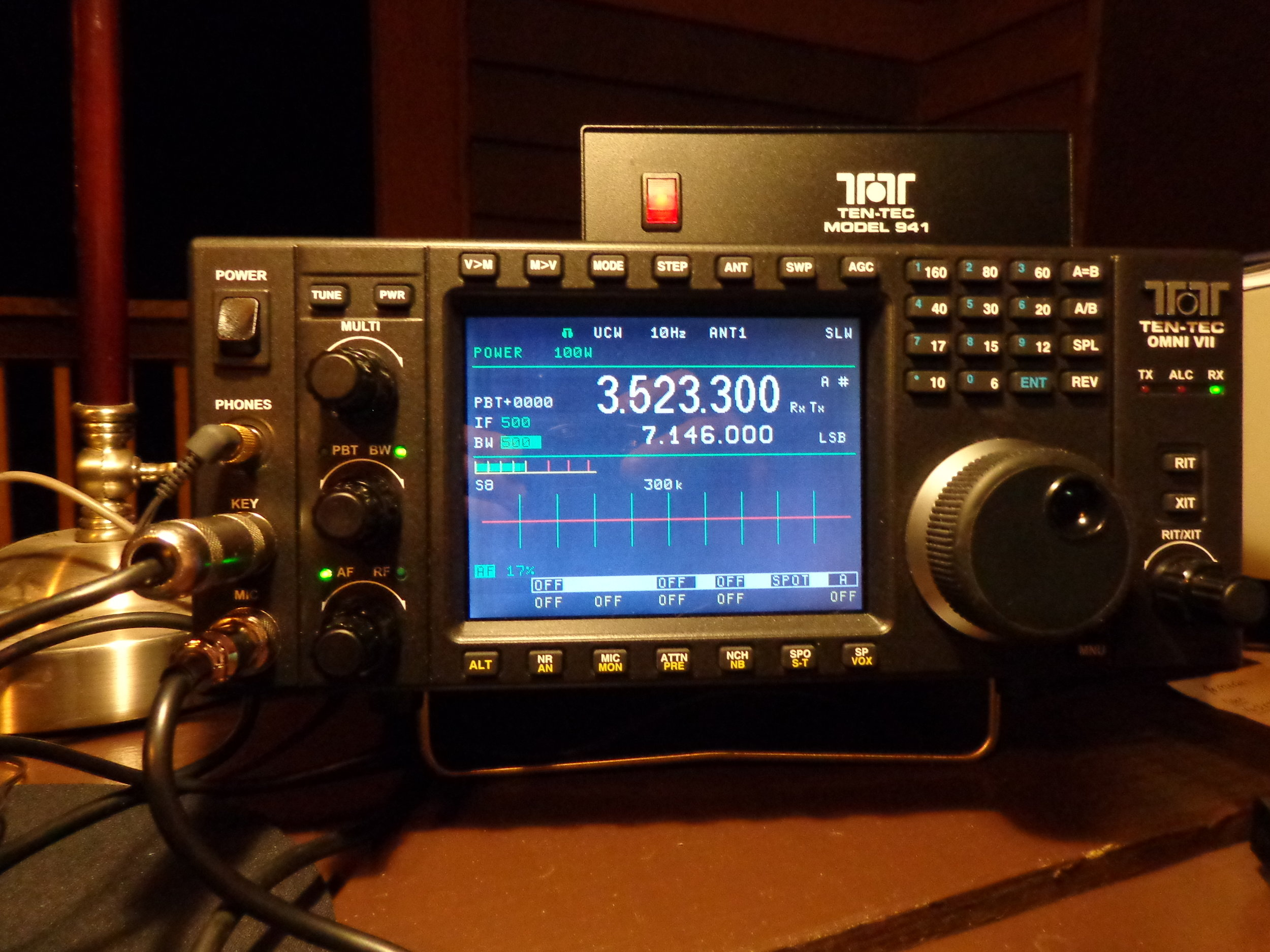TenTec Omni VII - This is the club's newly acquired TenTec Omni VII.This transceiver was set up to be our main CW operating position and was used by Keith Wishmeier, WA9S, and Dan Caesar, NI9Y. Also operating CW was Bruno Trimboli, NJ9S.