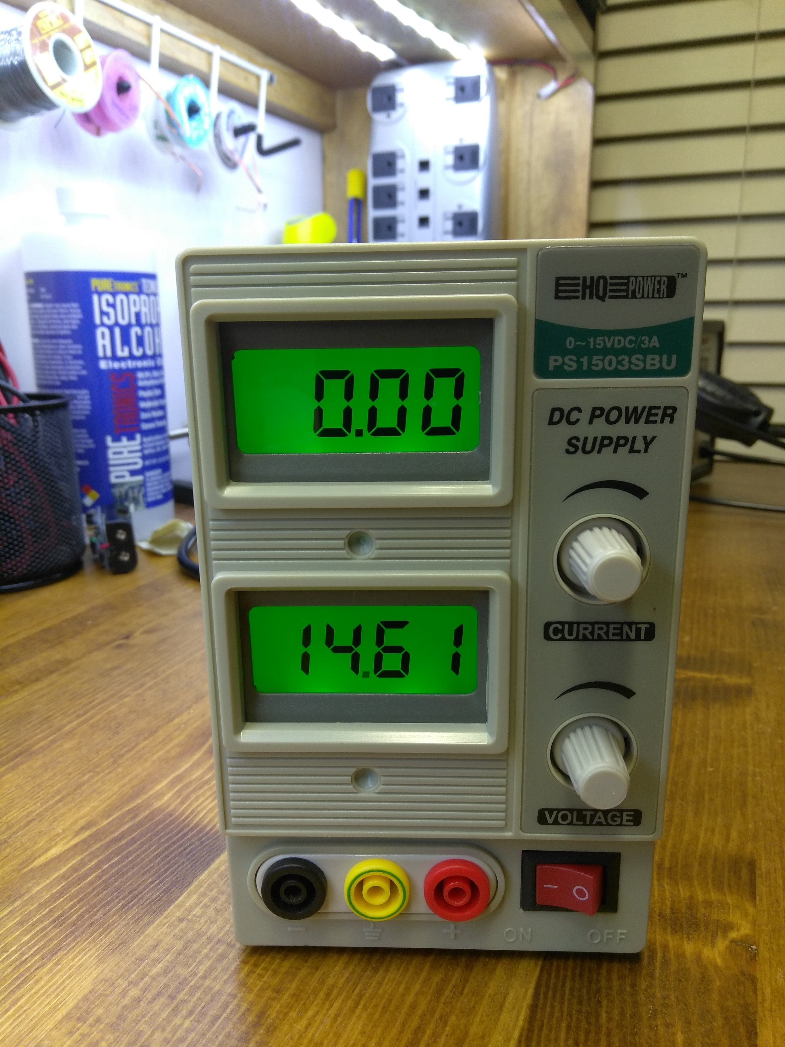 HQ DC Bench Power Supply 0-15 vdc up to 3 amps MINT Condition, just like new!    Model PS1503SBU