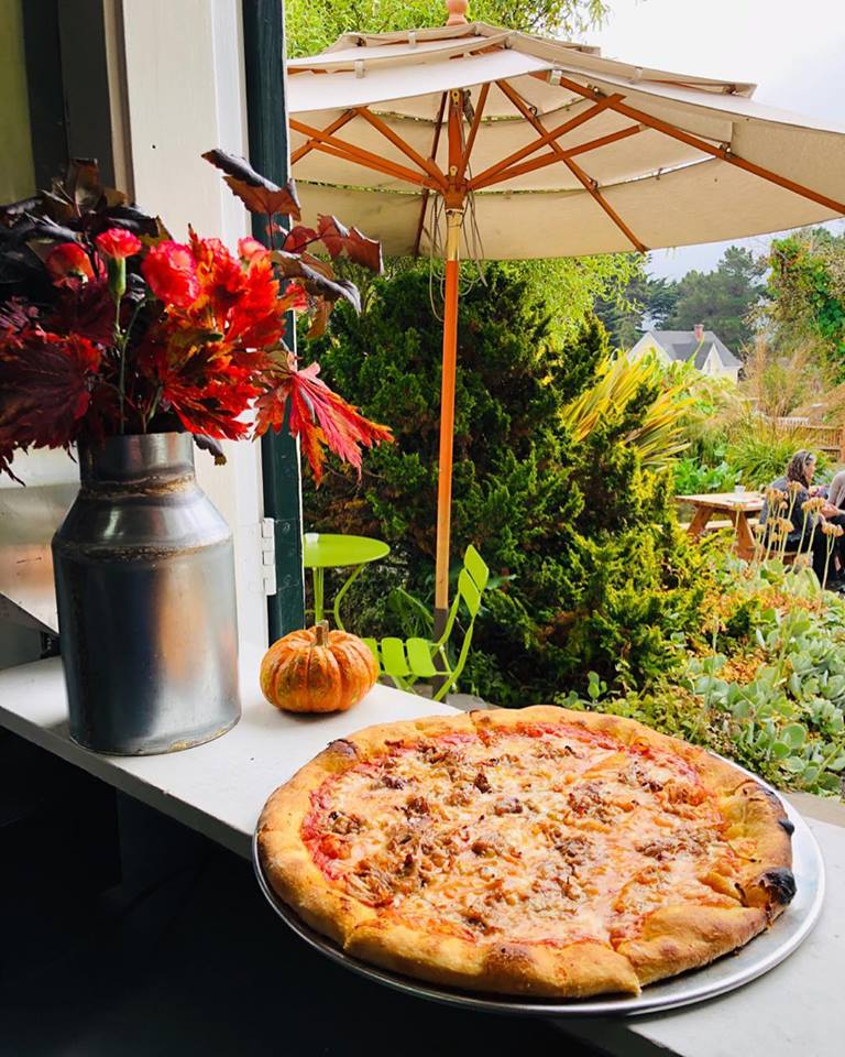 Pizza at the Cafe Beaujolais Brickery