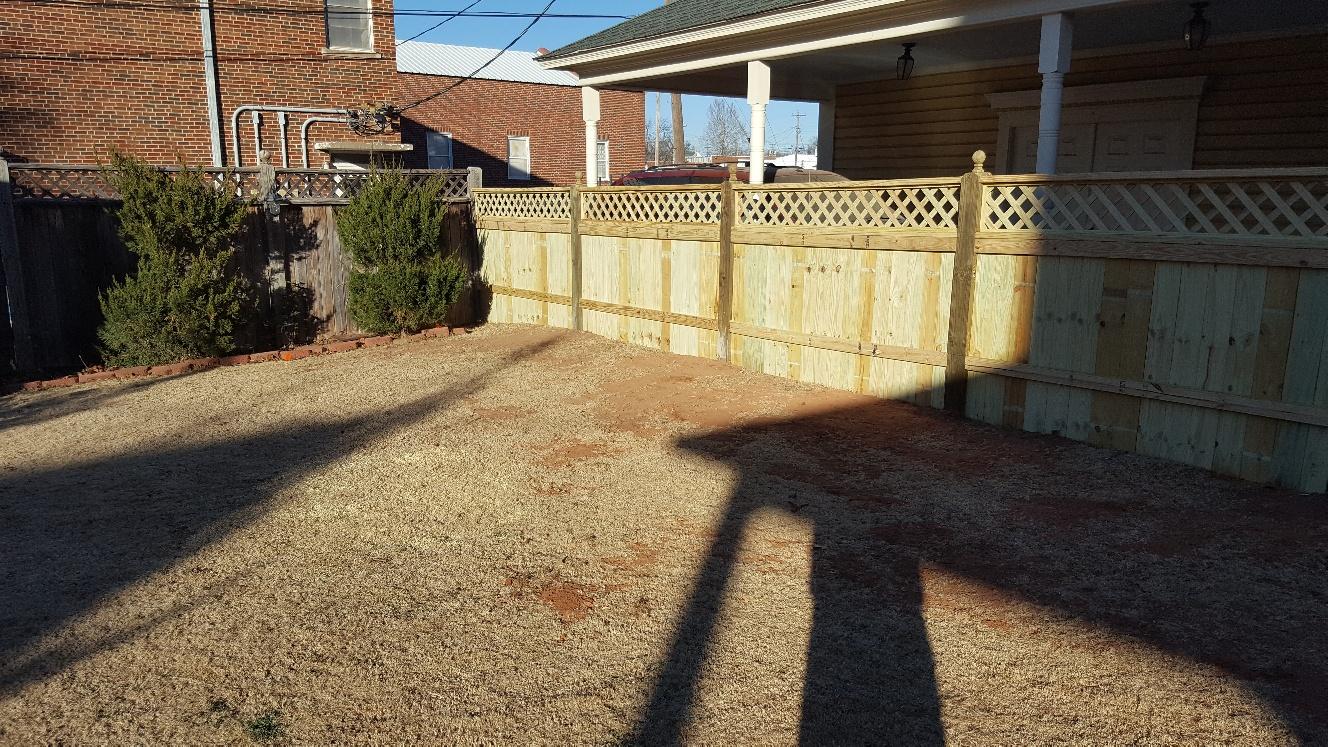 res wood fence-20180103_155128_resized.jpg