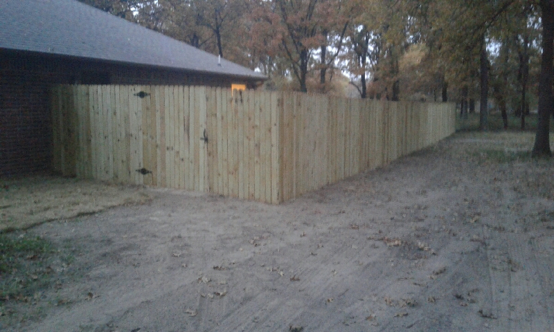 res wood fence-Resized_20171106_173024.jpg