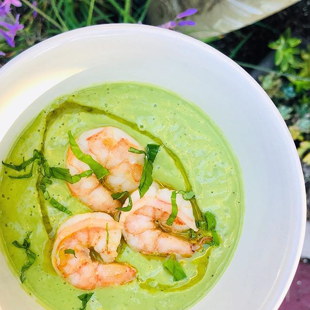 CREAMY CUCUMBER GAZPACHO 🥒 🥑 🥥. I made this recipe from @foodnutrimag by @thegourmetrd to have on hand for the week and boy did it not disappoint. The flavor is amazing, but what I love most about it is unlike other standard gazpachos all the healthy fats from the avocado and coconut milk help to keep you full so it serves as a great snack and a great way to complete a meal (add protein like shrimp, crab, or salmon 🤤). Swipe left for the recipe, only thing I changed was added 1.5 Tbsp. of white wine vinegar!