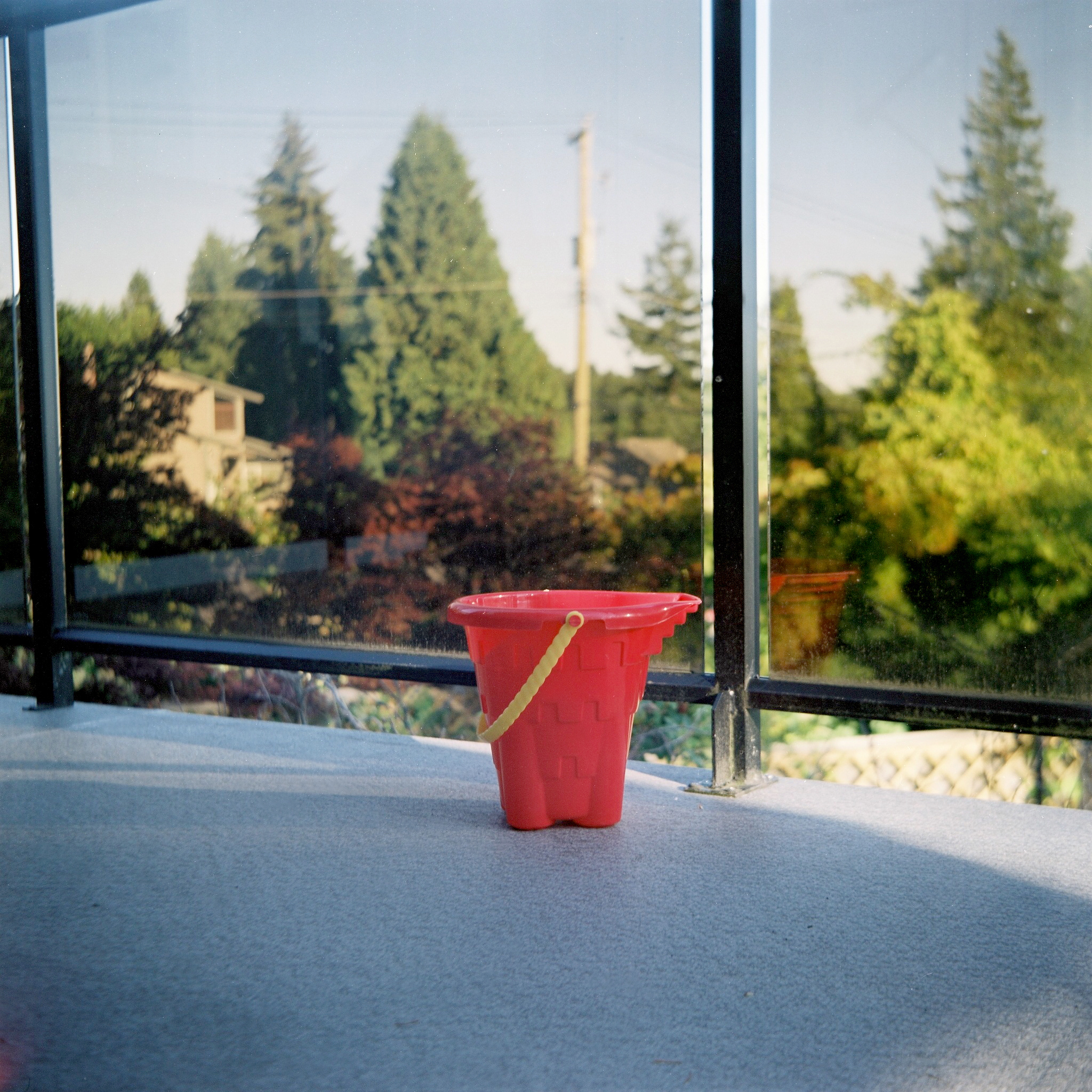 Red bucket, North Vancouver 2017