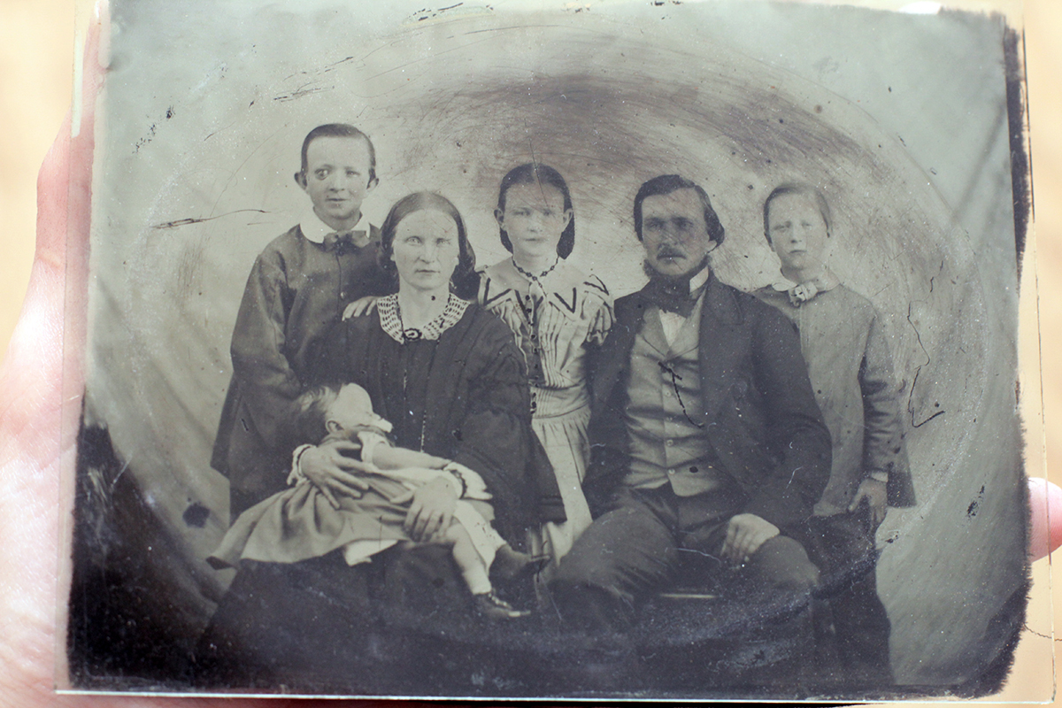 Every-Picture-Brooks-Family-Portrait-Positive.jpg