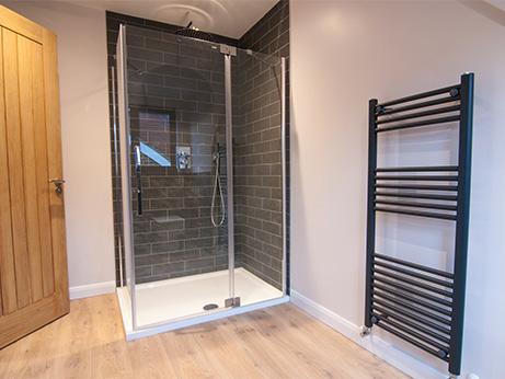 HQDB-Pine-Drive-Bathroom-3.jpg