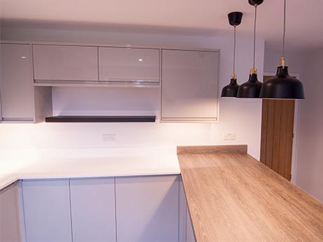 HQDB-Pine-Drive-Kitchen-5.jpg