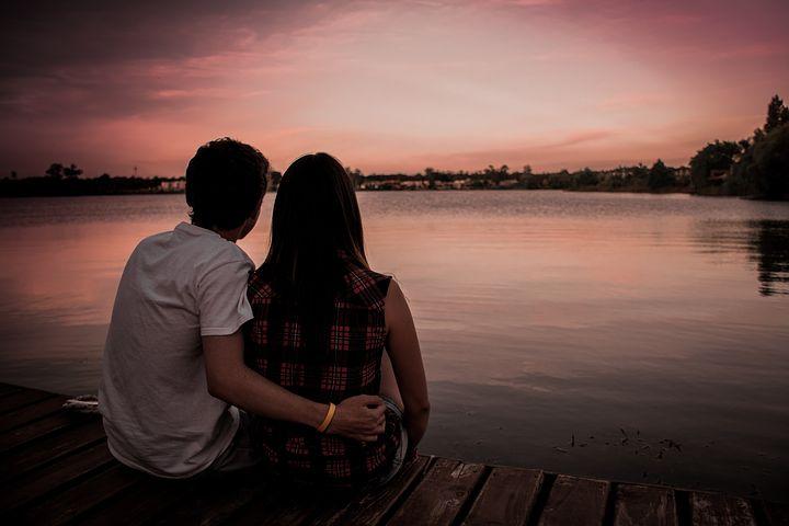 couple-1209790__480.jpg