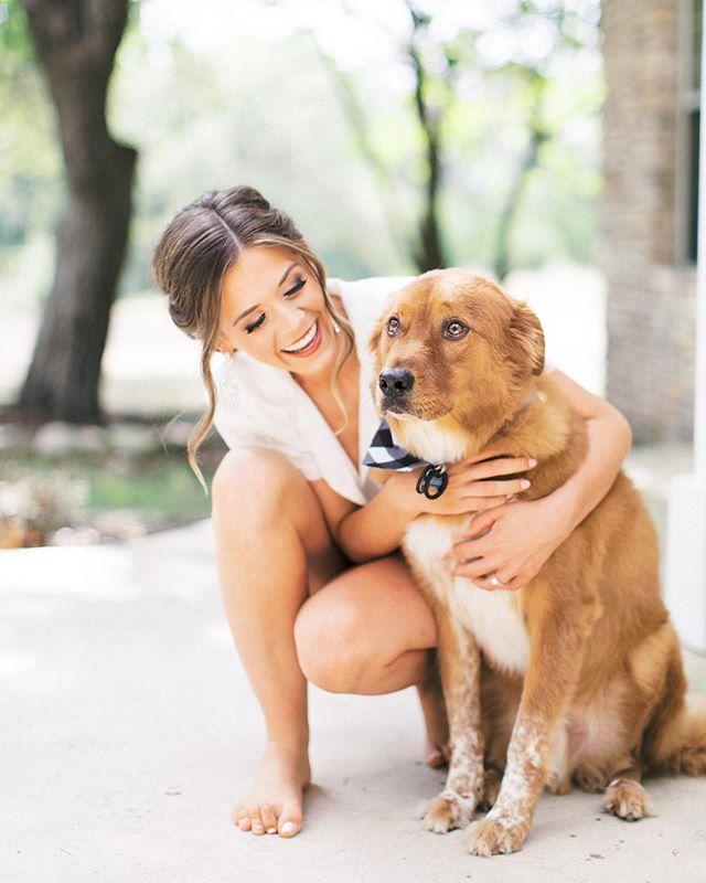 Just a beautiful bride and her handsome pup!  #weddingpups #texaswedding #texashillcountrywedding #elaineandlee #welovedogsinweddings #austinwedding #bride #dogsofinstagram #redden #atx #wedding #weddingcoordinators