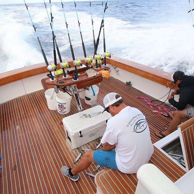 Diamond Girl heading home from a beautiful day offshore.  #offshorefishing #offshore #sportfishingcharter #diamondgirl