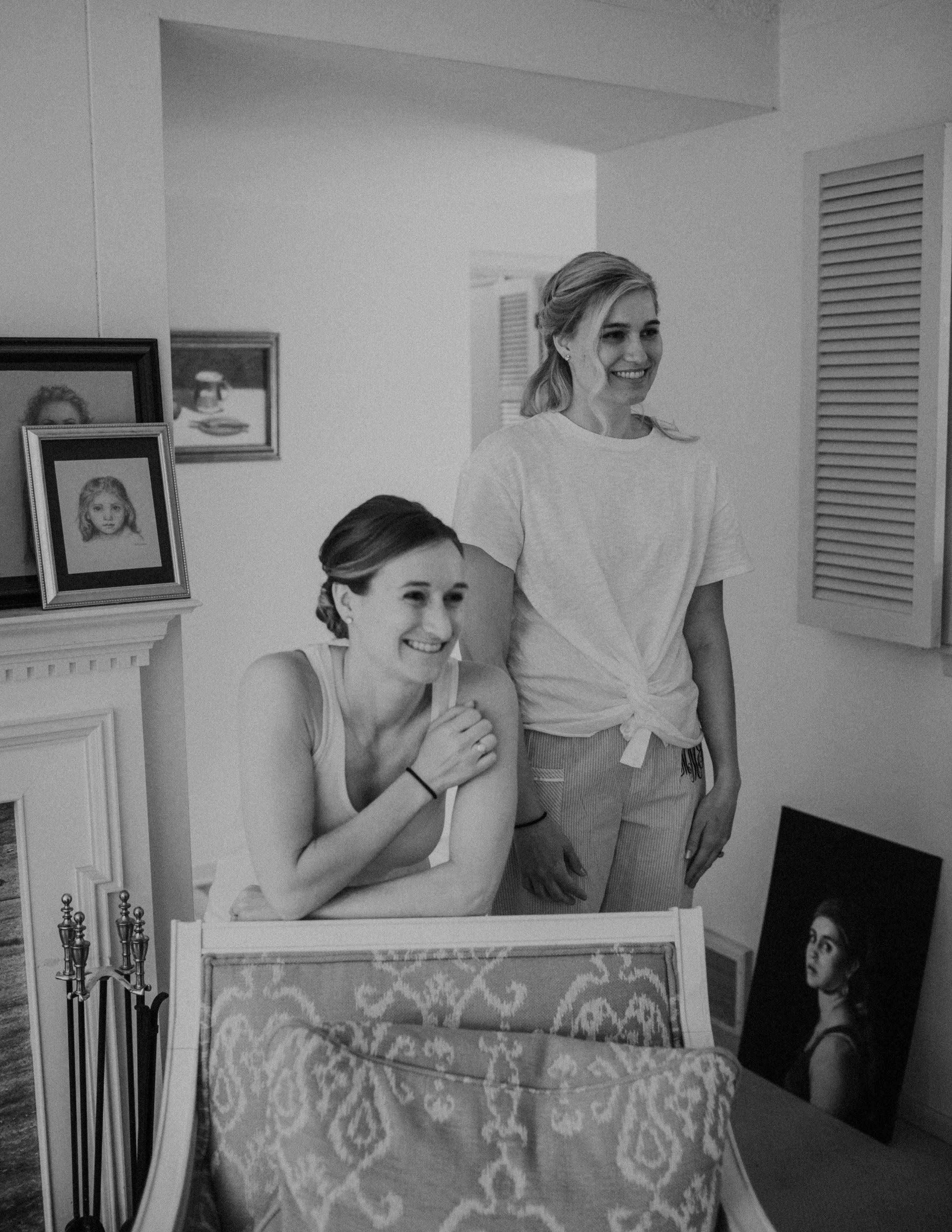 Emma+Tim Getting Ready-15.jpg