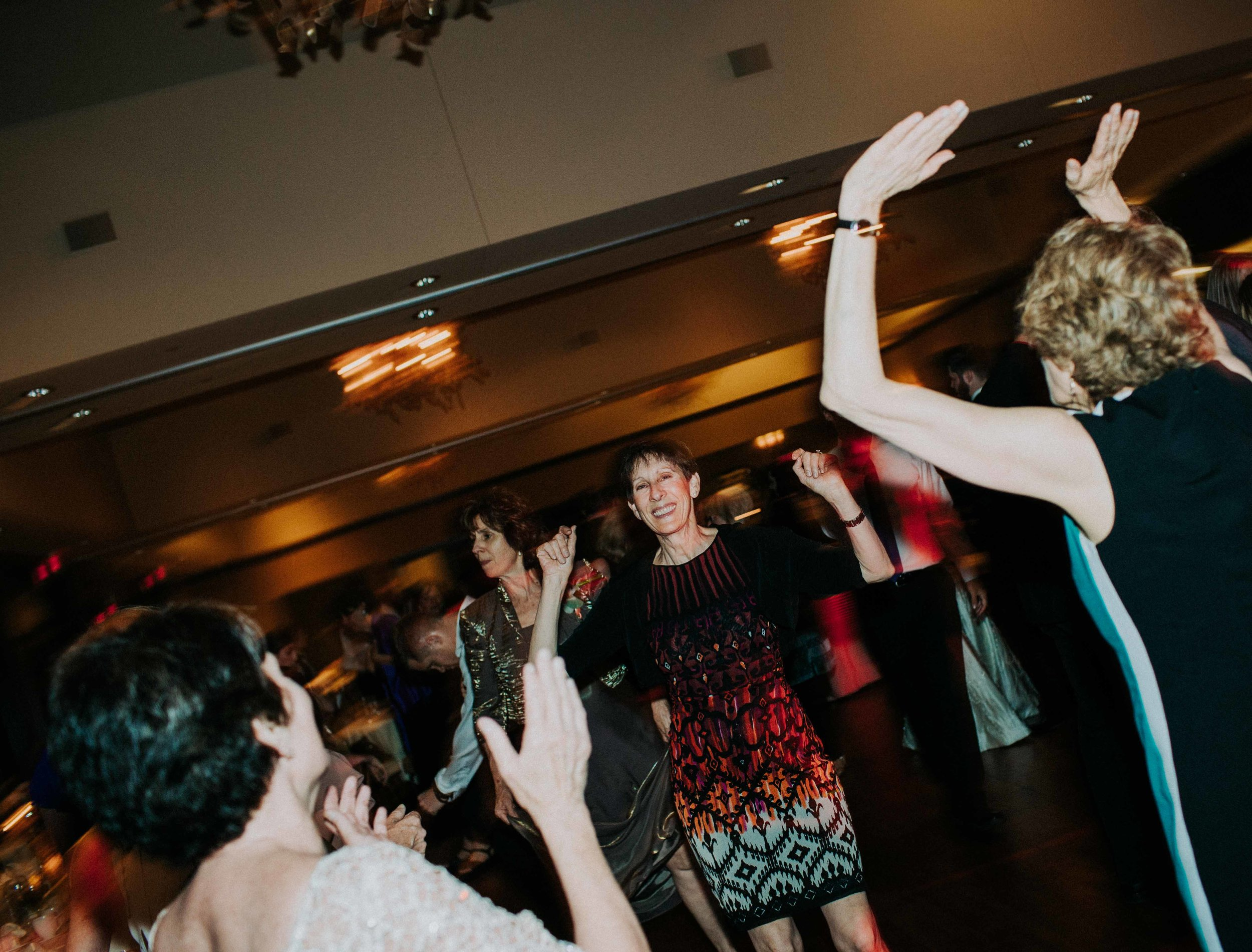 EMMA + TIM, THE PARTY CONTINUES-12.jpg