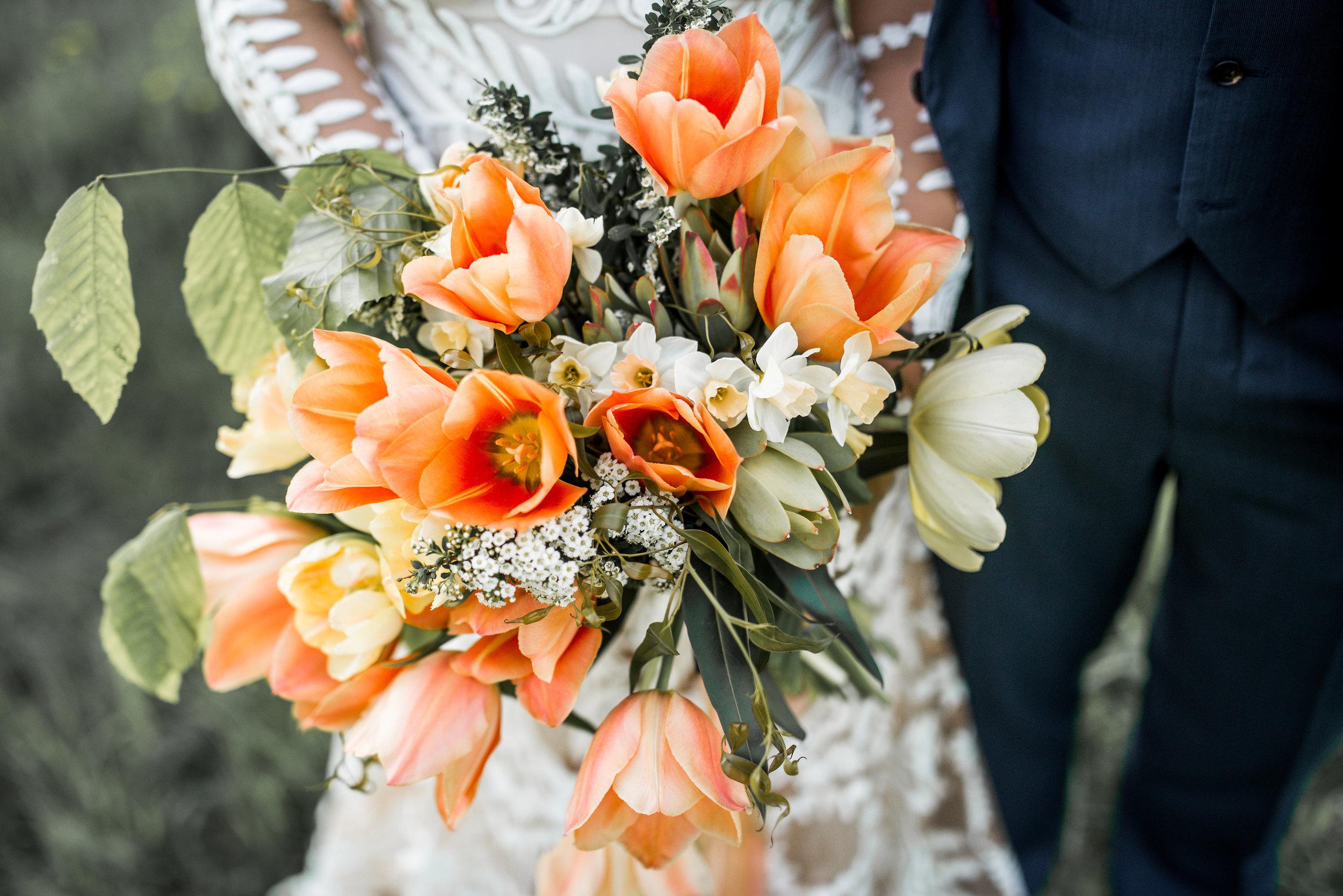 LUVLENS_WEDDING_BRAMBLEBLOOM_STYLEDSHOOT-359.jpg