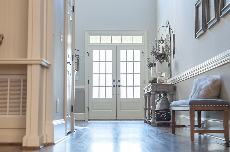 vintage-inspired-entryway-interior-design-23.jpg