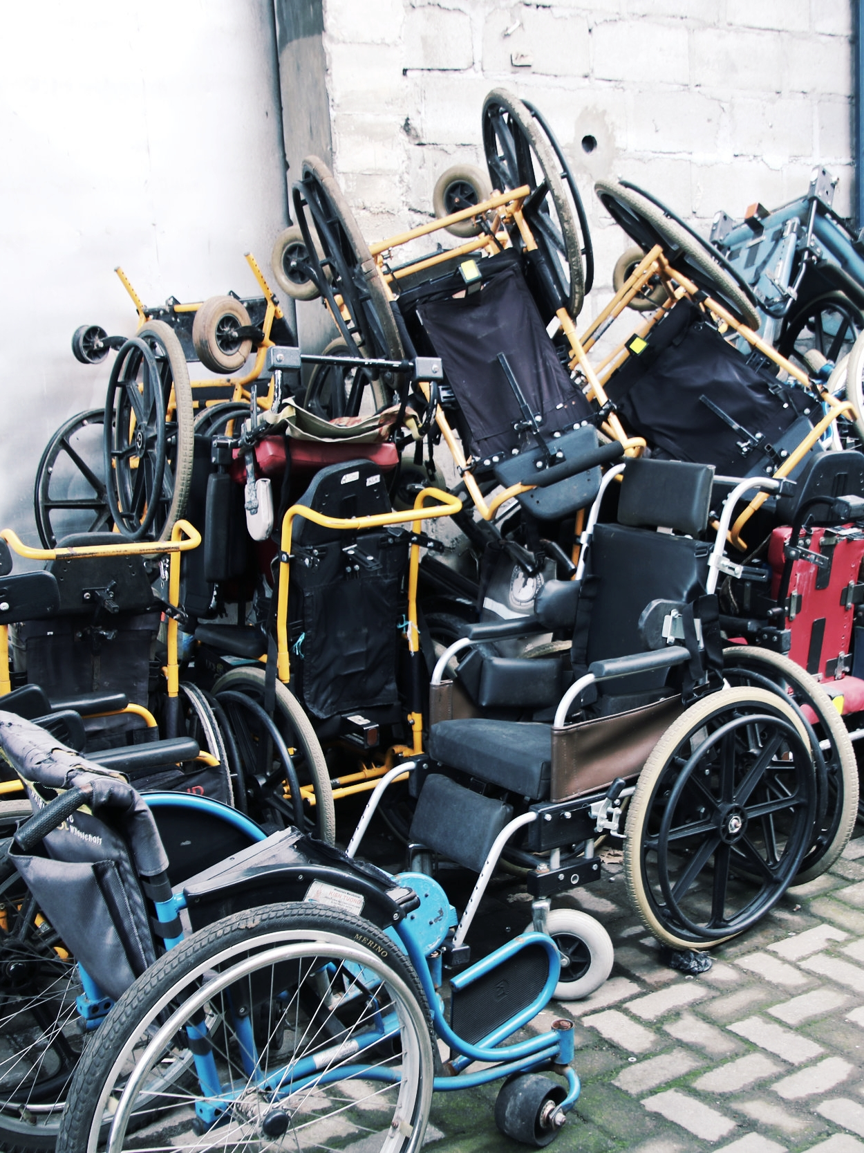 Broken wheelchairs. W ithout proper training, product fit, and maintenance, many wheelchairs end up broken or unused.