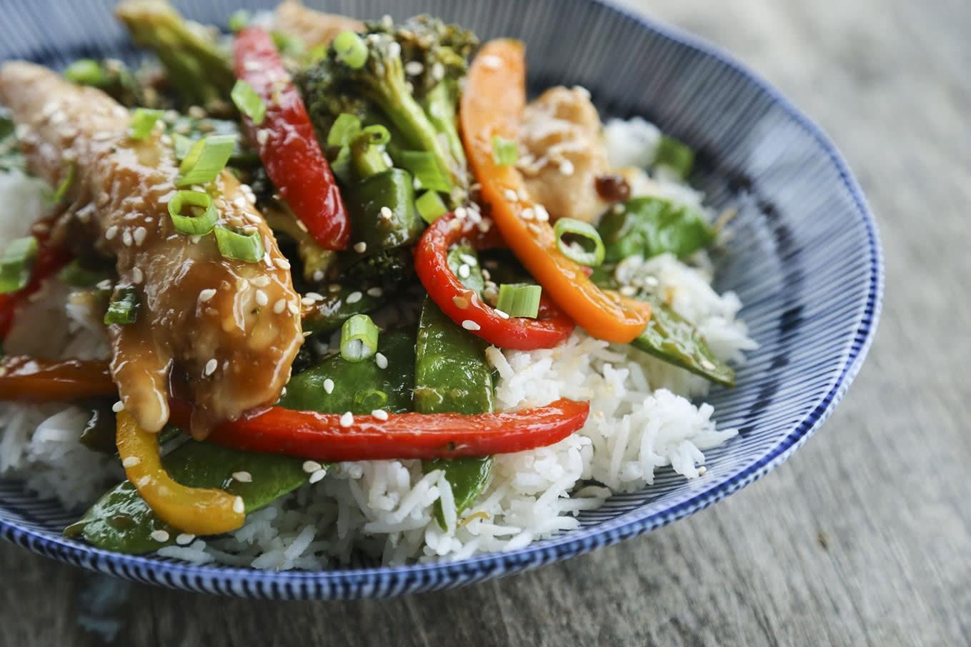 foodie_asian-chicken-stir-fry-sheet-pan-meal-2.jpg