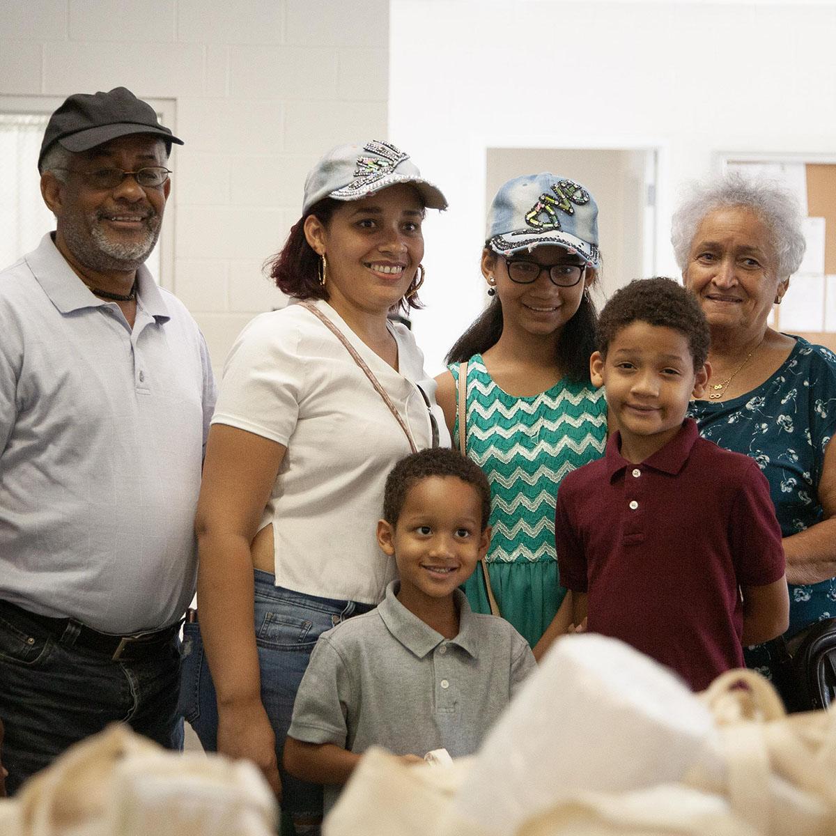 Claudia Ramos de Rivera brought the whole family!